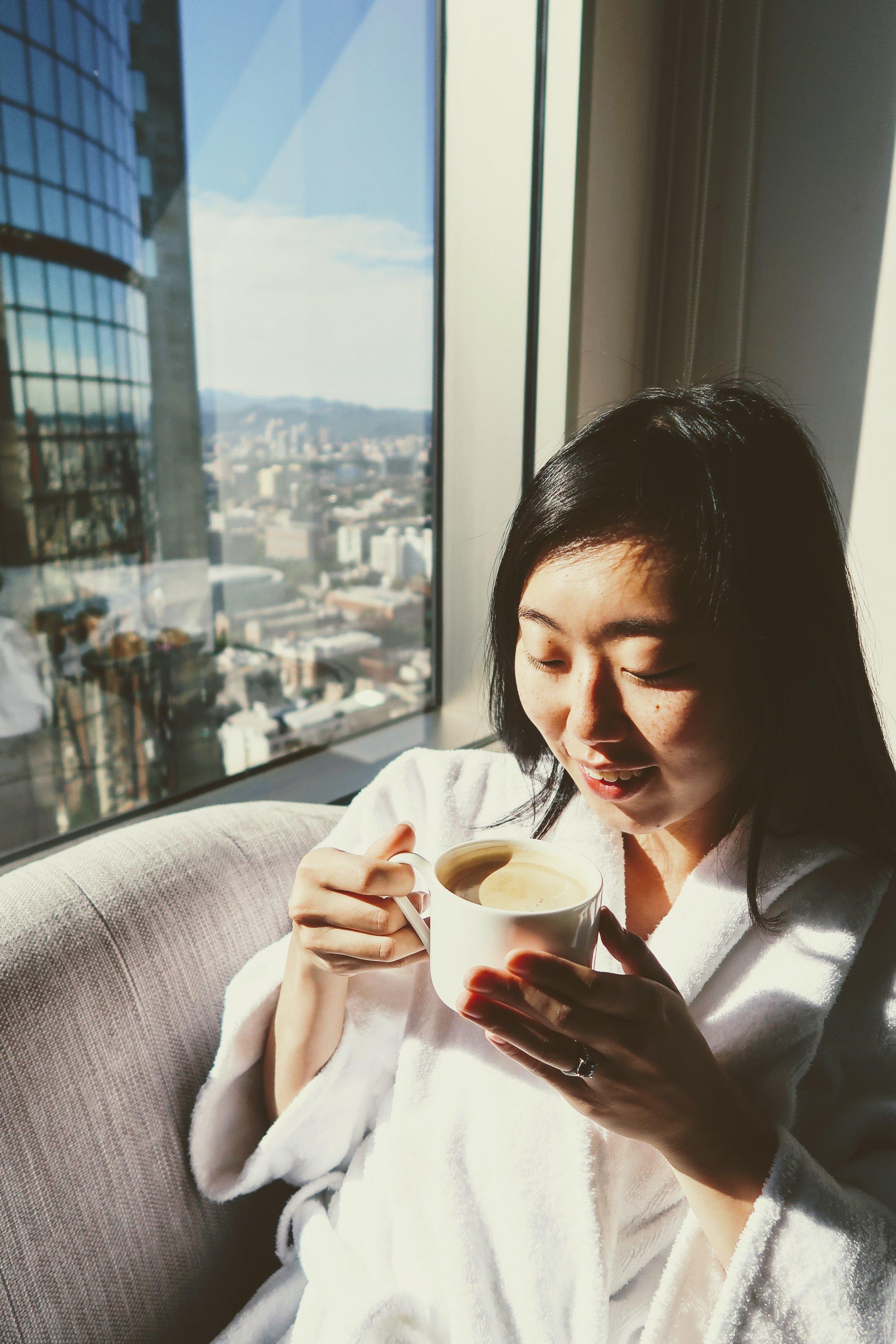 shangri-la-taipei-morning-coffee-views