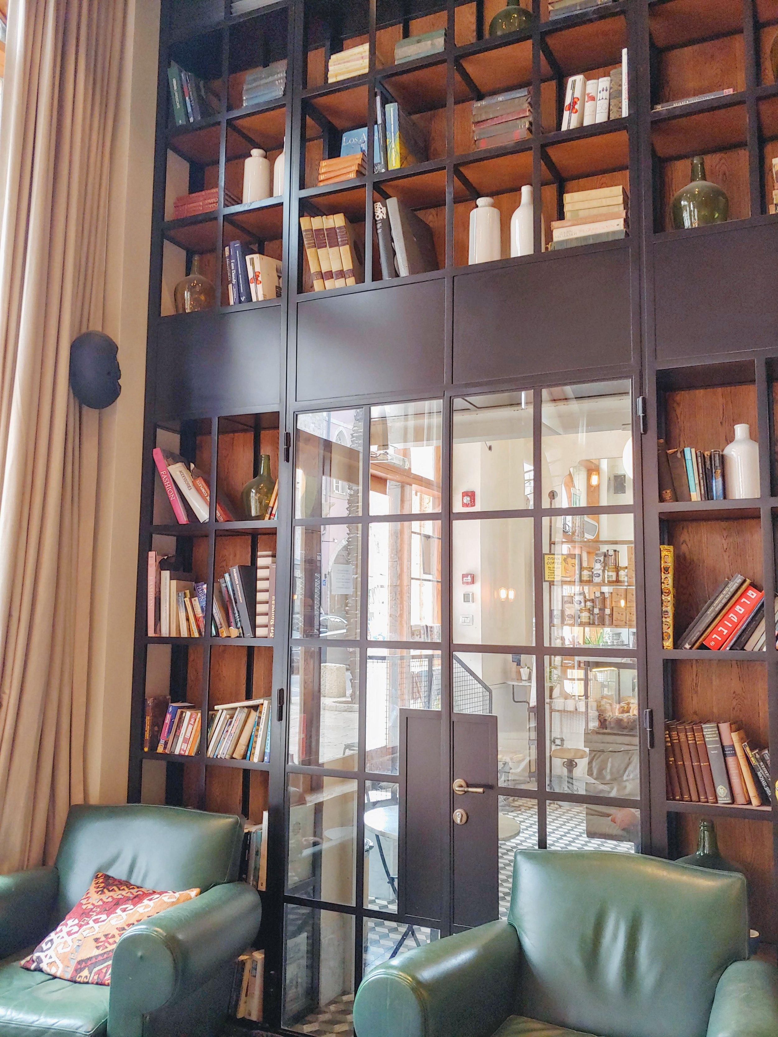 market-house-tel-aviv-library