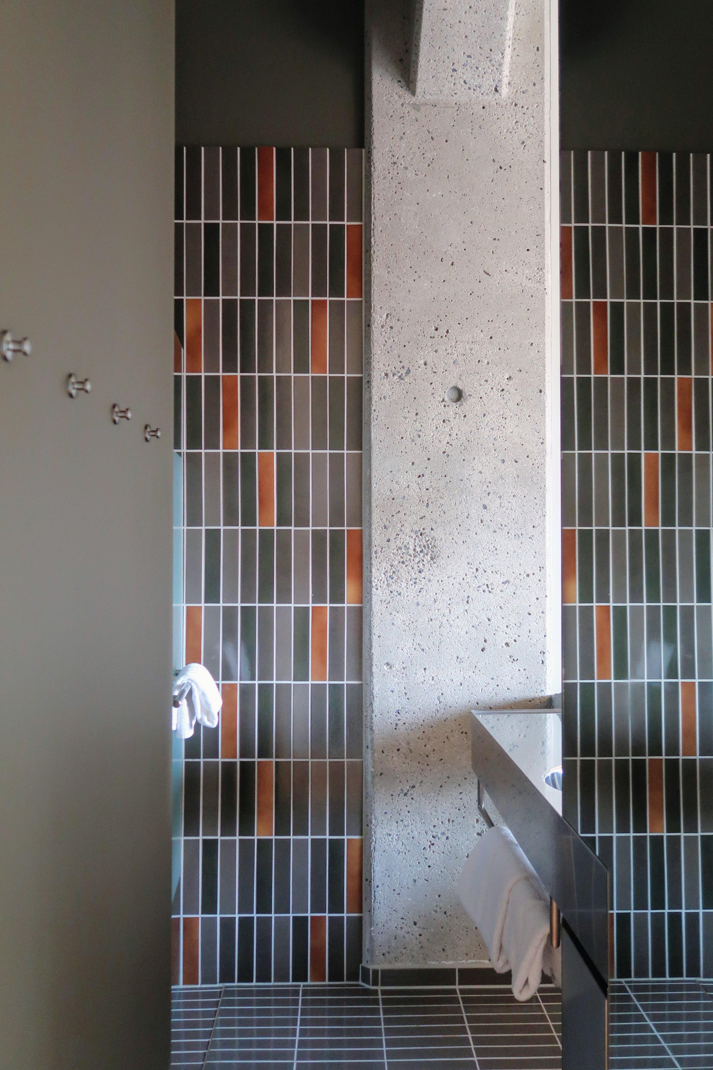 hotel-ottilia-bathroom