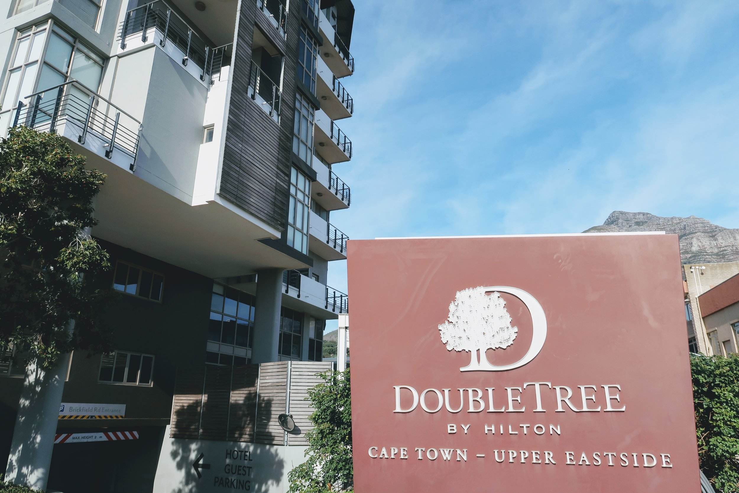 doubletree-hilton-cape-town-entrance