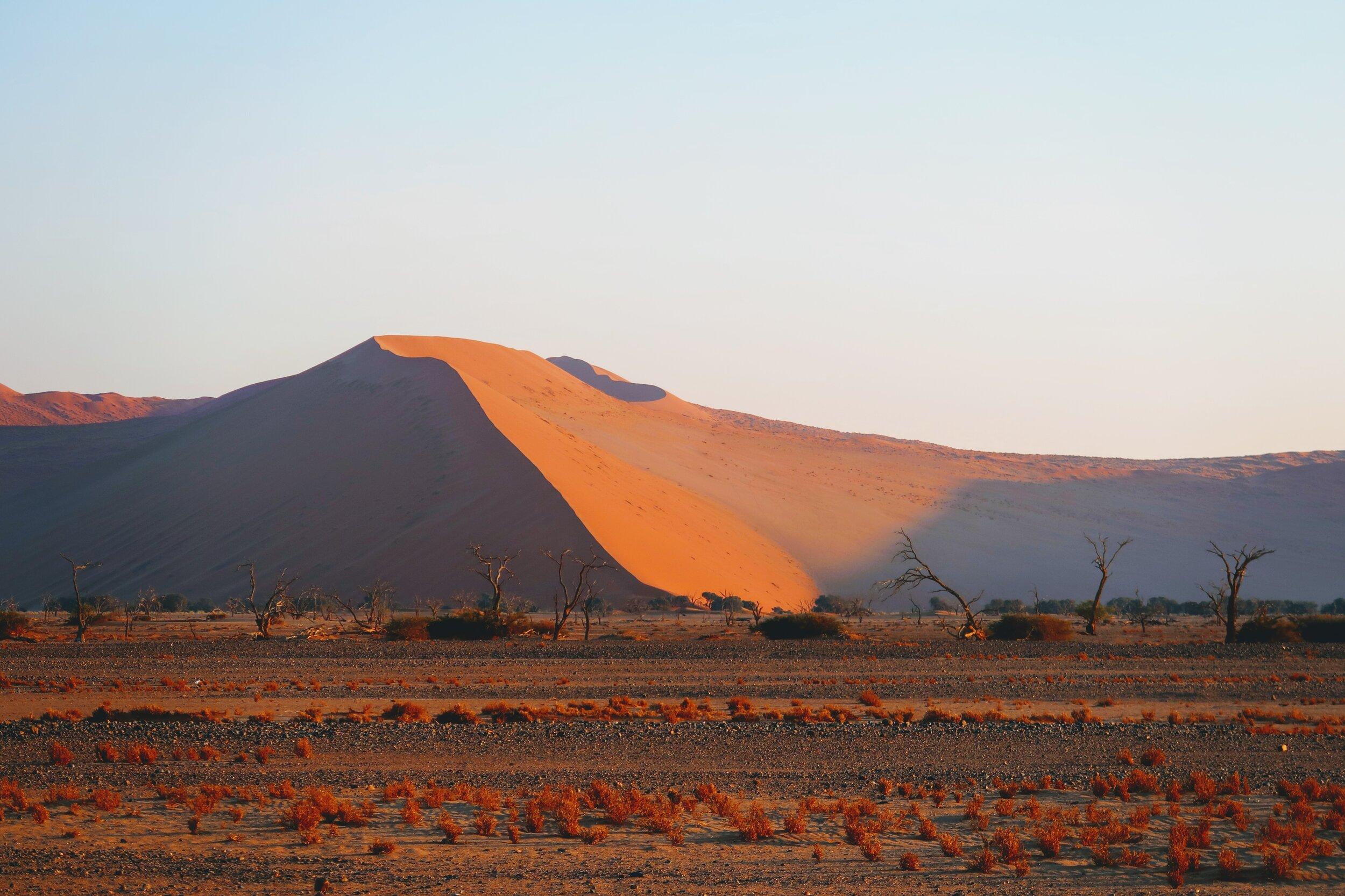 sand-dunes-sossusvlei-namibia
