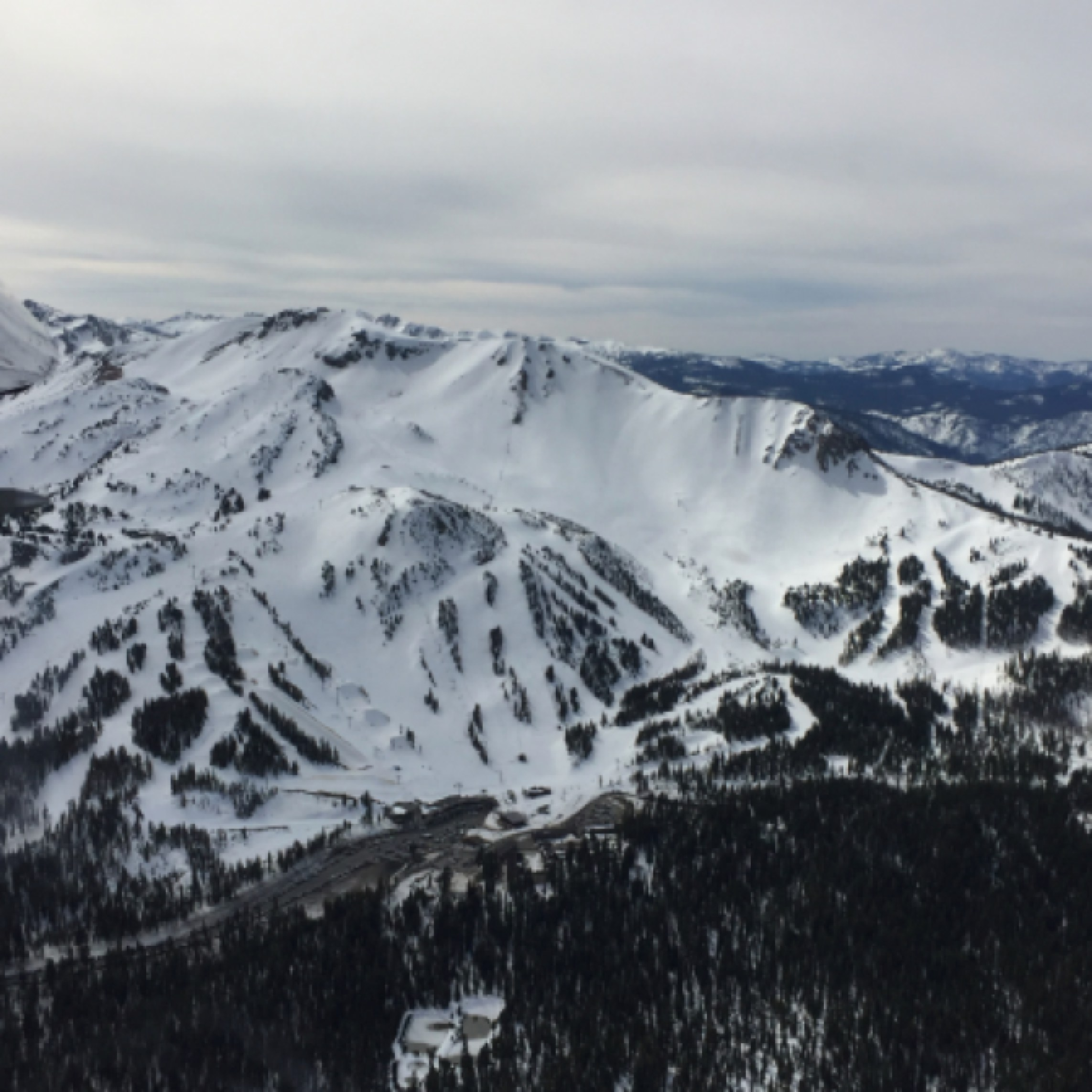 Will the plane land in Sierra Lakes?