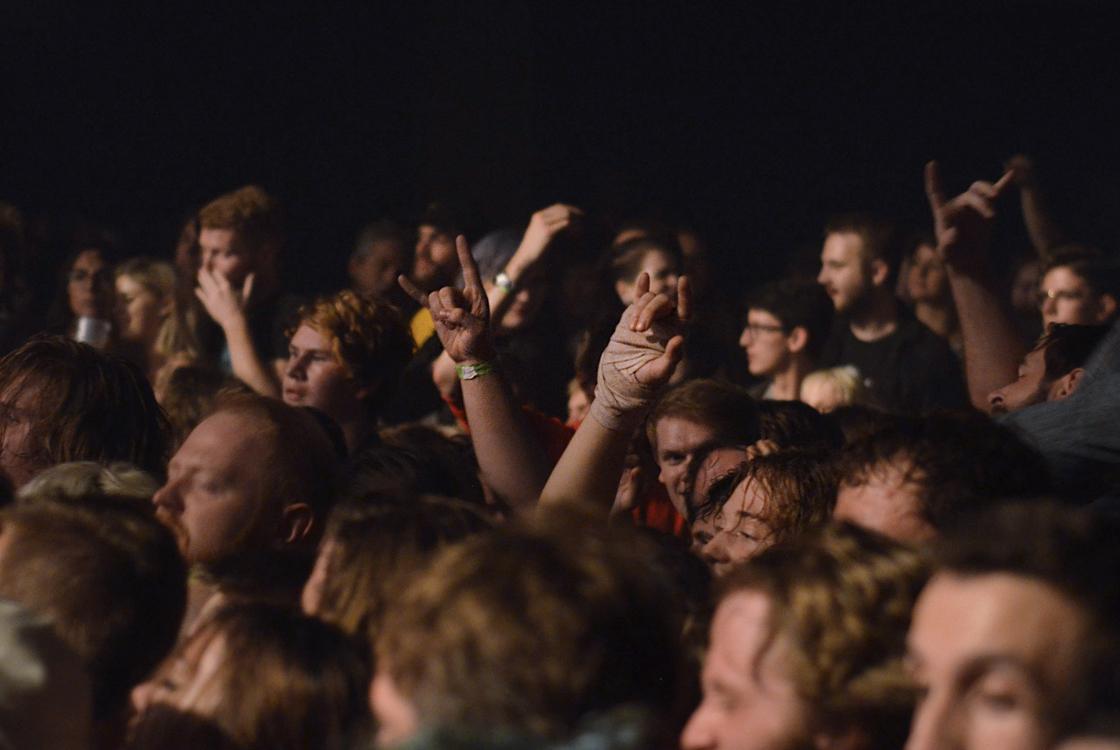 crowd 05.jpg
