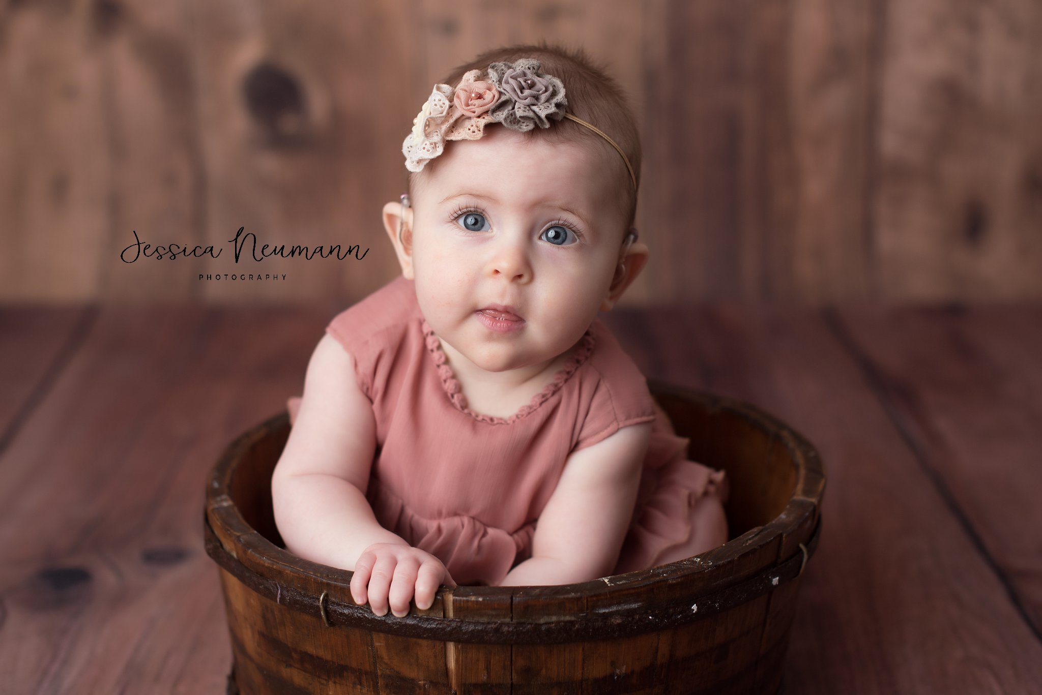6 month old girl photos in Batimore, MD
