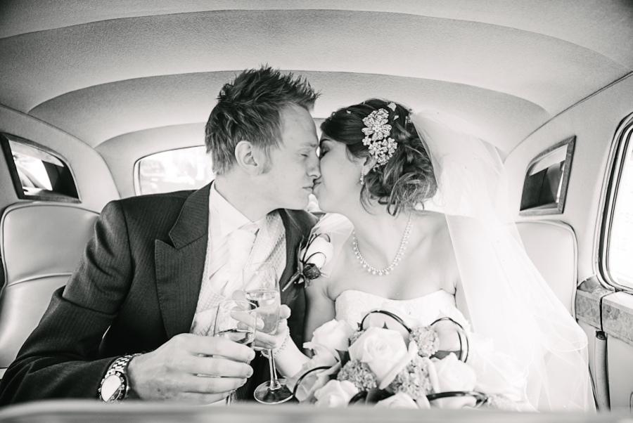 Singleton-Lodge-Wedding-Photographer-069.jpg