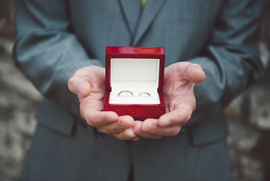 Brownsholme-Hall-Tithebarn-Wedding-Photographer-020.jpg