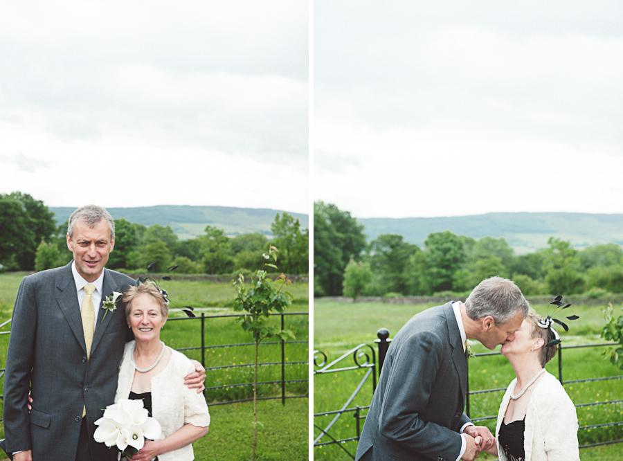 Brownsholme-Hall-Tithebarn-Wedding-Photographer-045.jpg