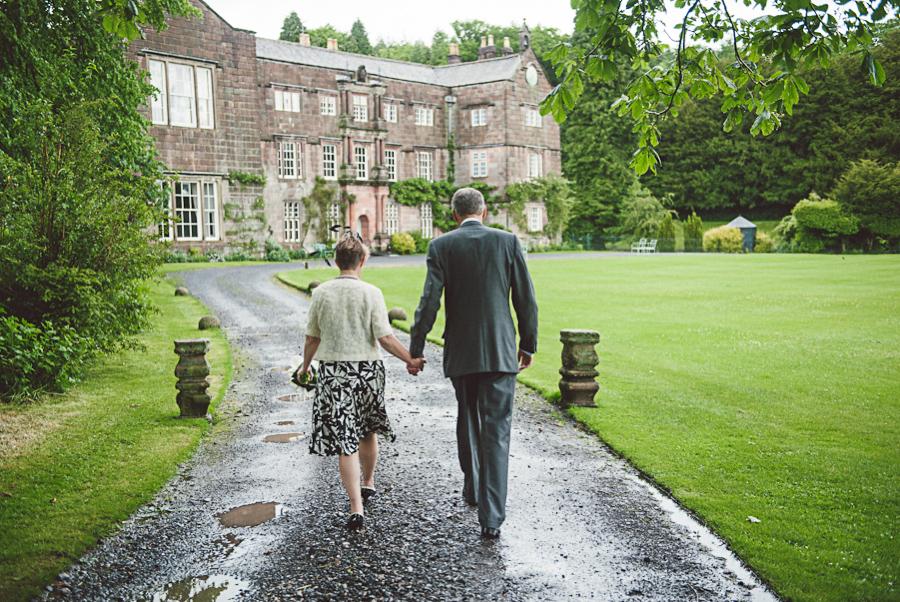 Brownsholme-Hall-Tithebarn-Wedding-Photographer-051.jpg