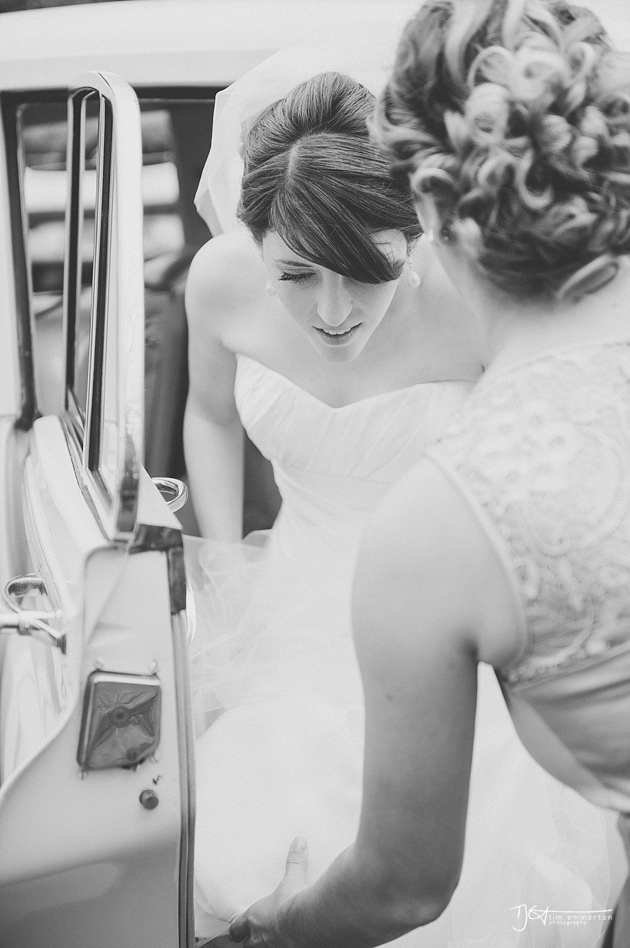 Samlesbury-Hall-Wedding-Photographer-056.jpg
