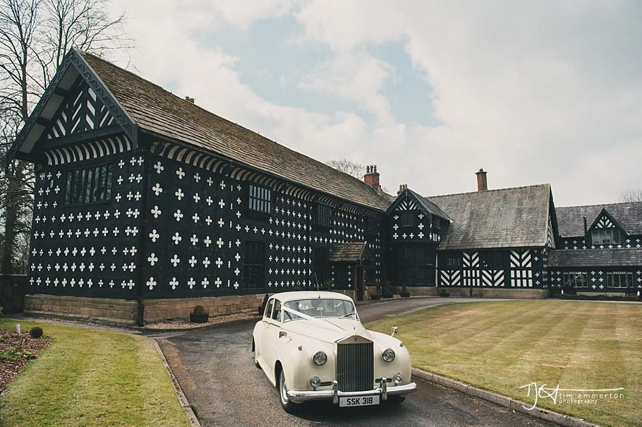 Samlesbury-Hall-Wedding-Photographer-114.jpg
