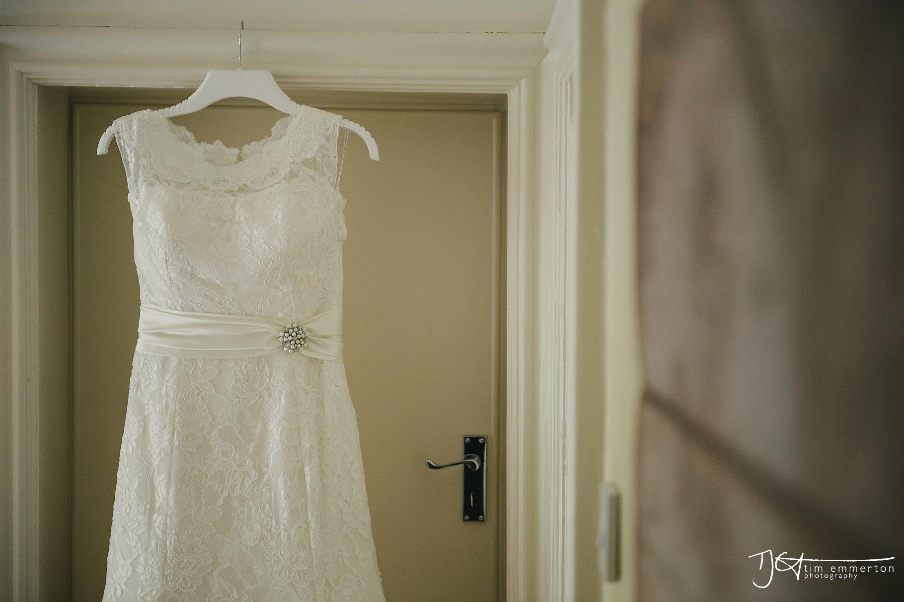 Eaves-Hall-Wedding-Photographer-003.jpg