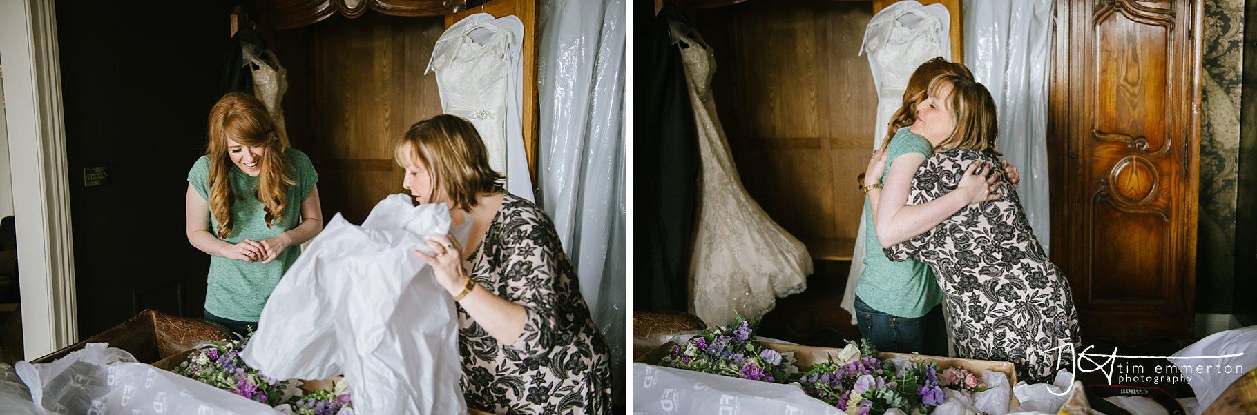 Eaves-Hall-Wedding-Photographer-017.jpg