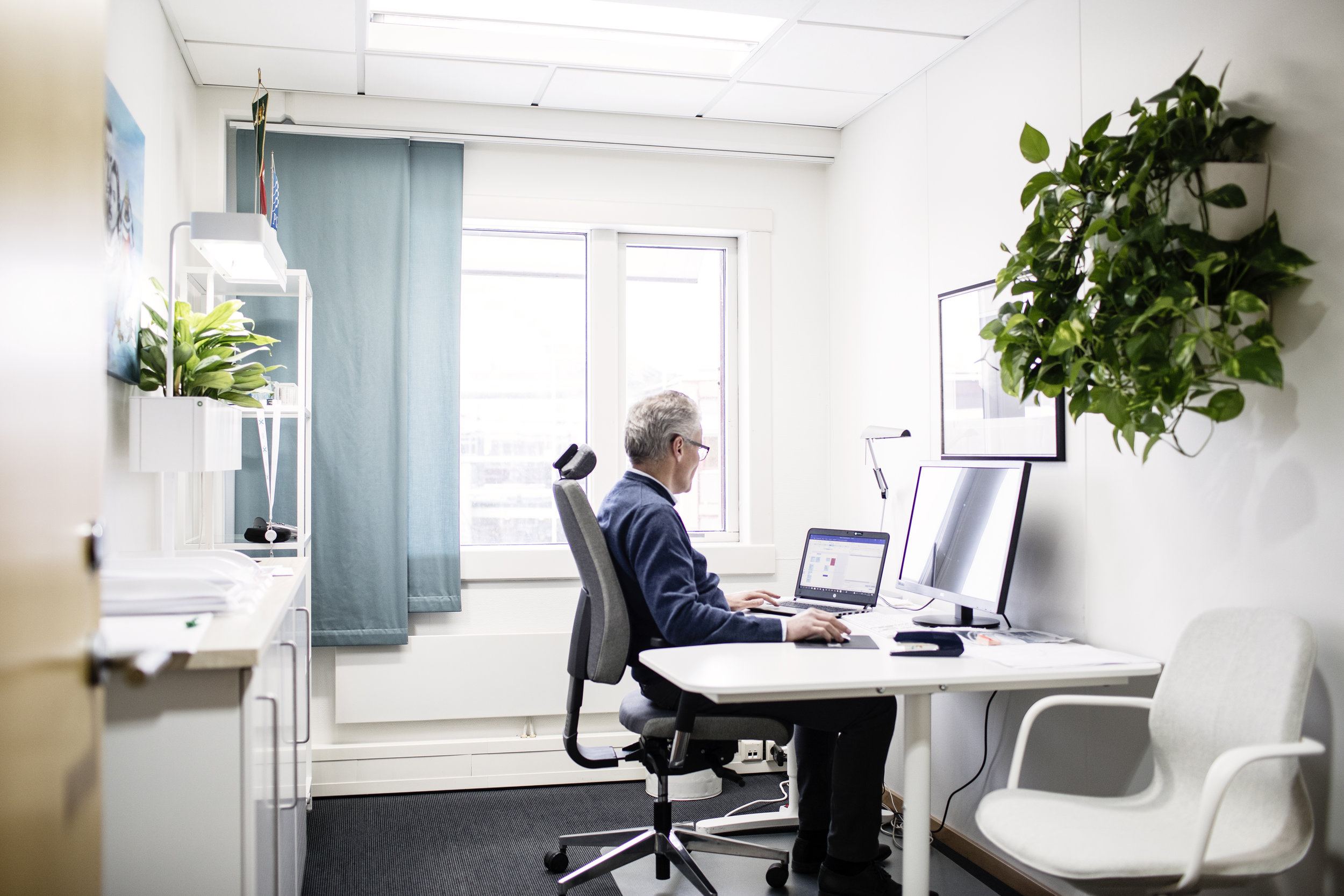 OFFICE SPACE - Equipped to your preferences or with your own furnitureACCESS 24/7