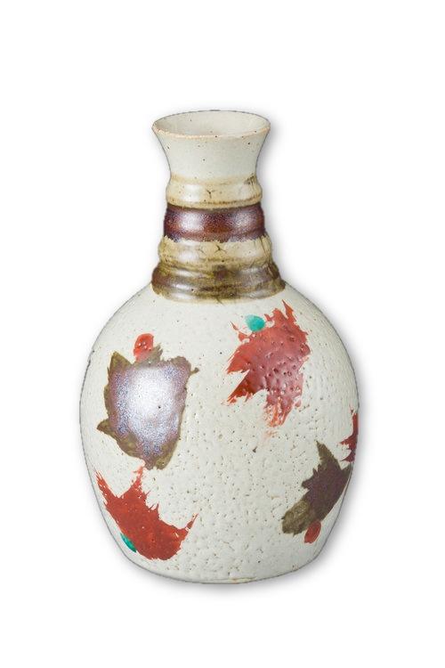 white-sake-flask-tall-neck-hamada-tomoo.jpeg