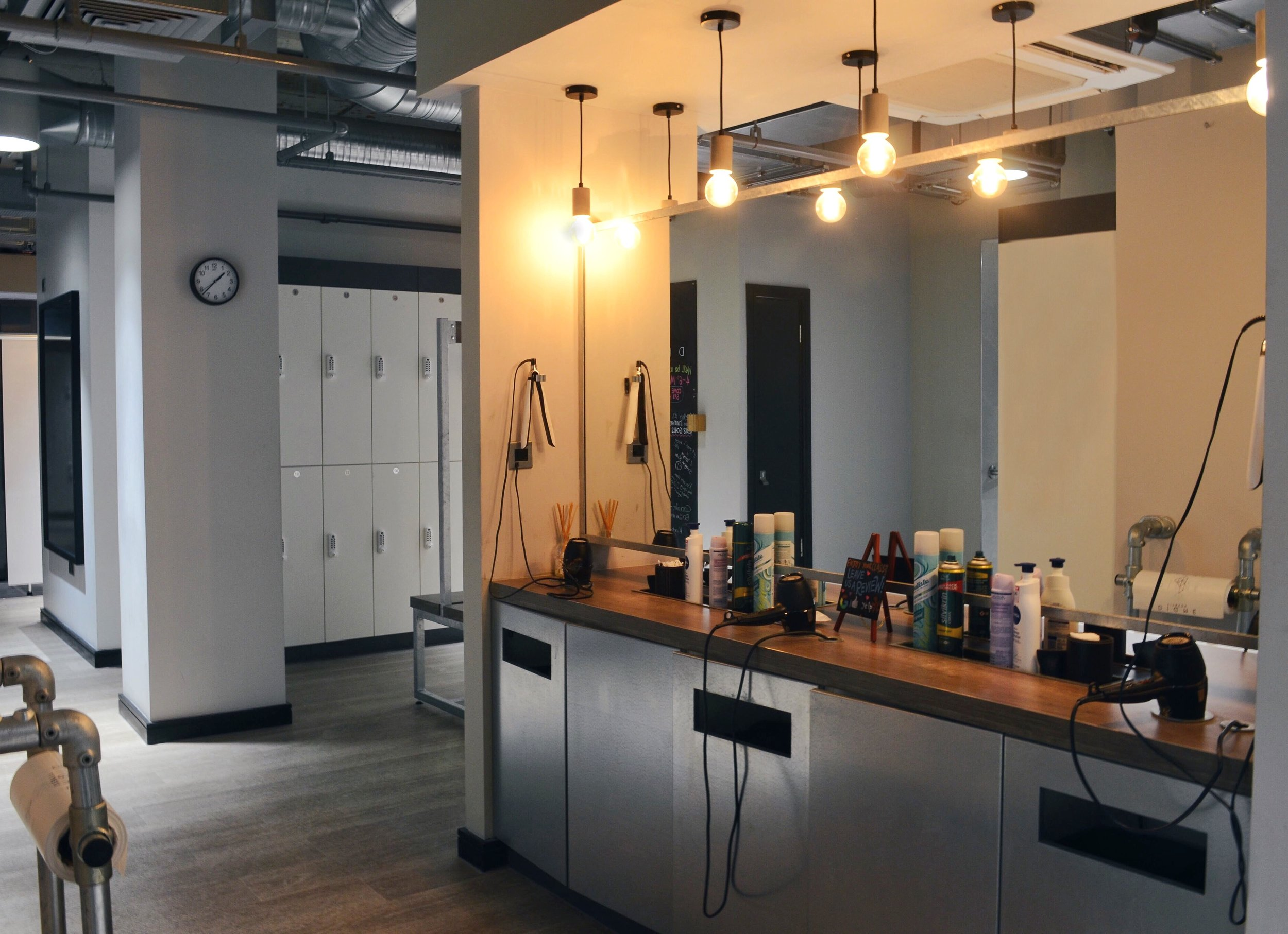 Barrecore-London-Moorgate-Changing