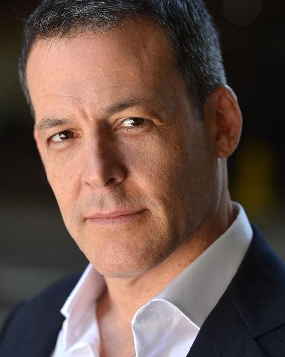 Robert Pralgo - Staring as: David