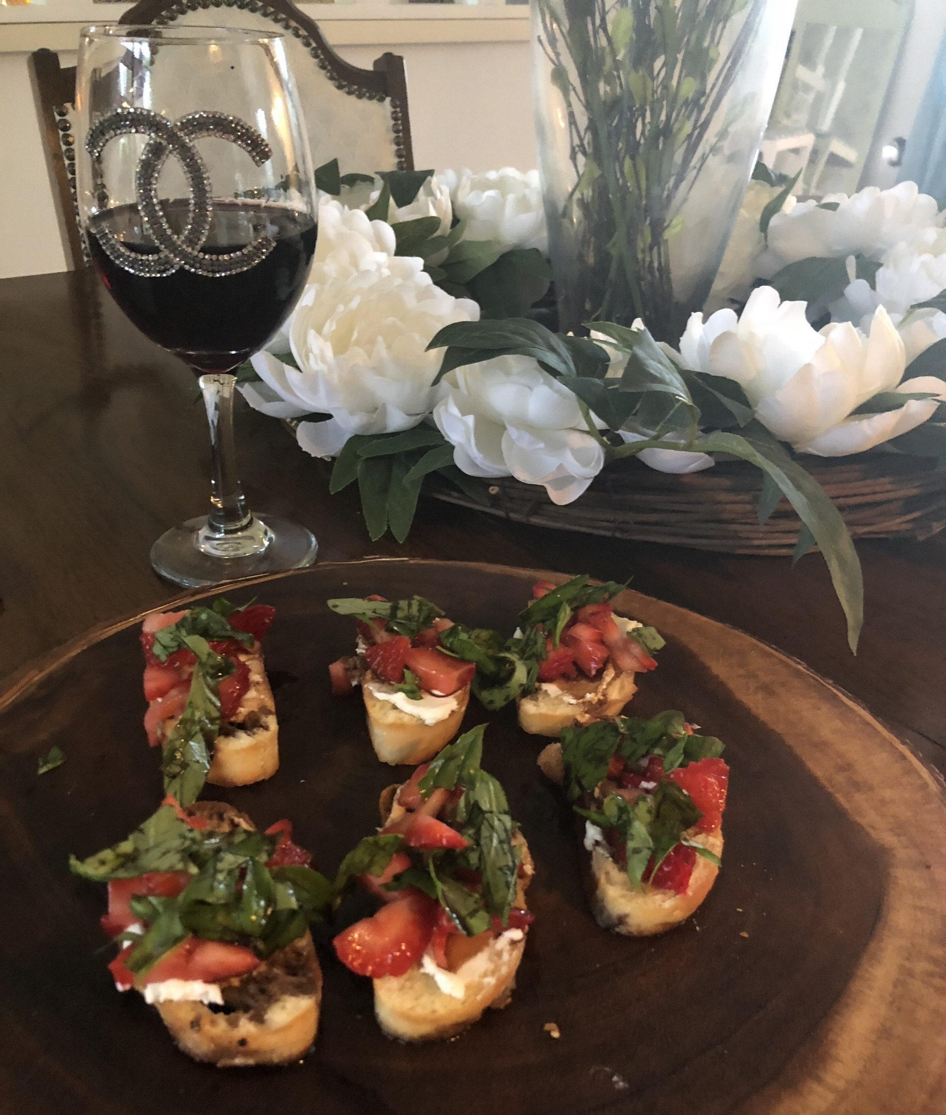 Strawberry bruschetta with goat cheese and balsalmic vinegar -