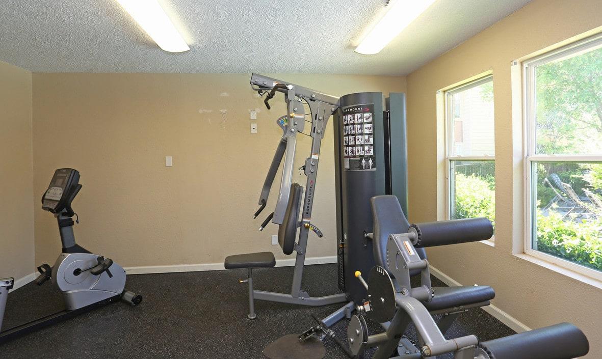 meridian-park-lubbock-tx-fitness-center-min.jpg