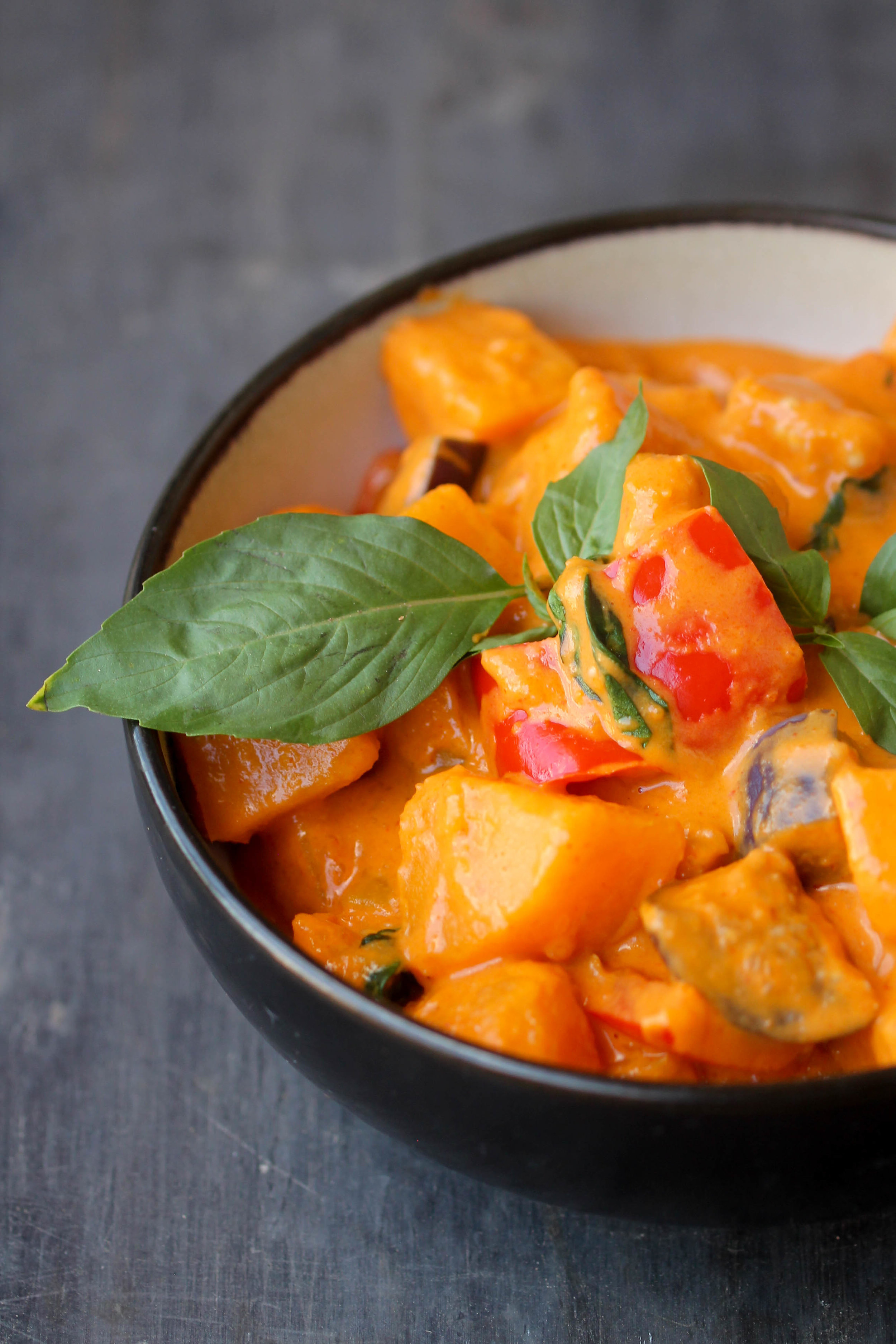 Homemade Easy Red Thai Curry