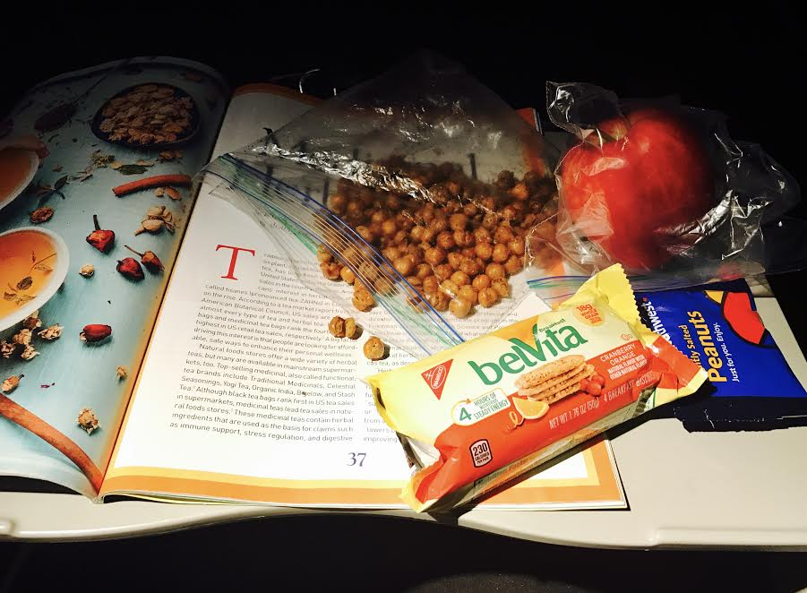- Snacks : Depending how long the flight is, I almost always pack snacks. Some of my fav things to pack are – granola bars, fruits such as apple, grapes, oranges, roasted chickpeas, crackers, trail mix or granola.