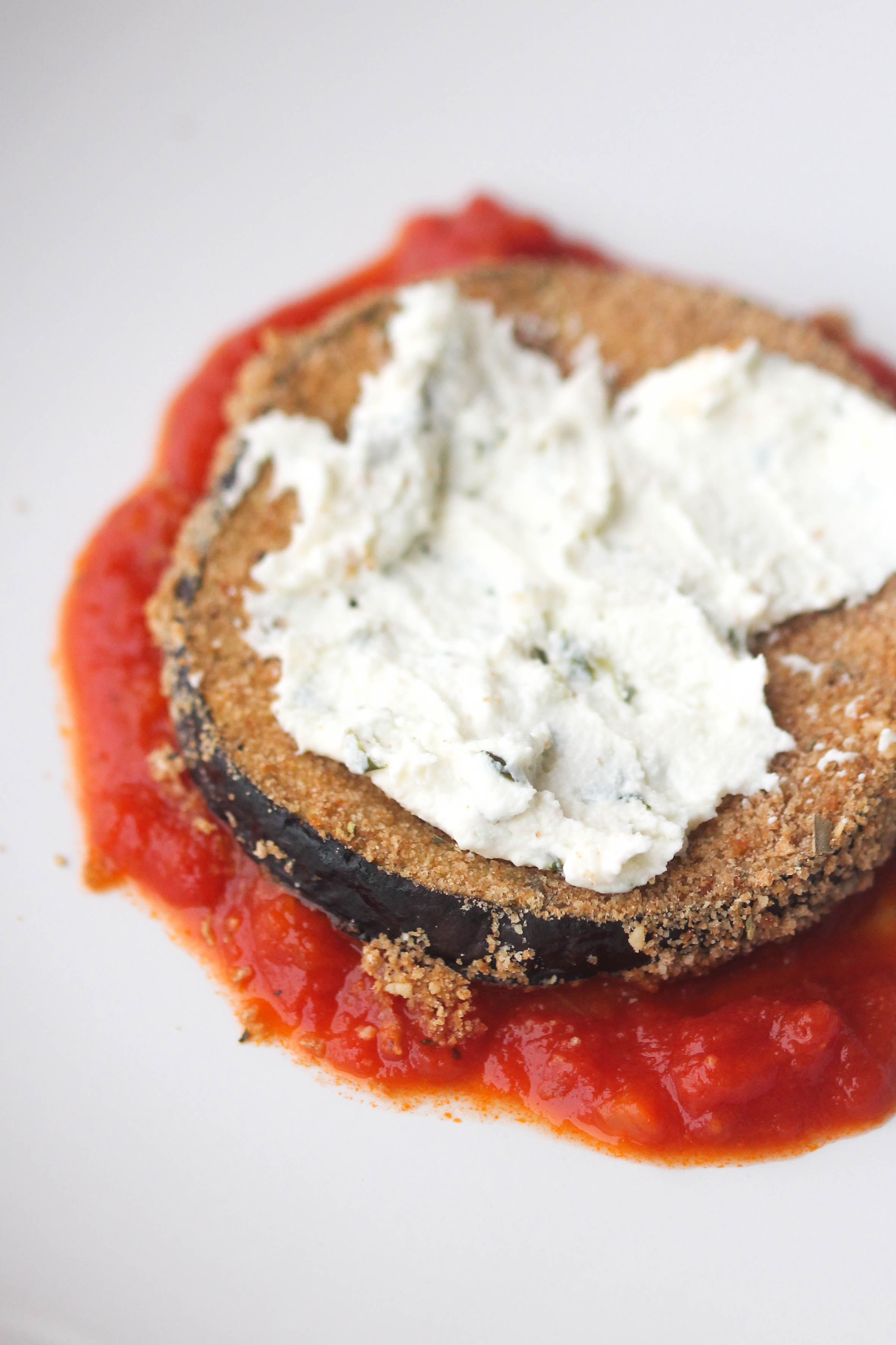 Eggplant Parmesan Stacks vegetarian alternative to chicken parmesan and healthier than your deep-fried eggplant parm.