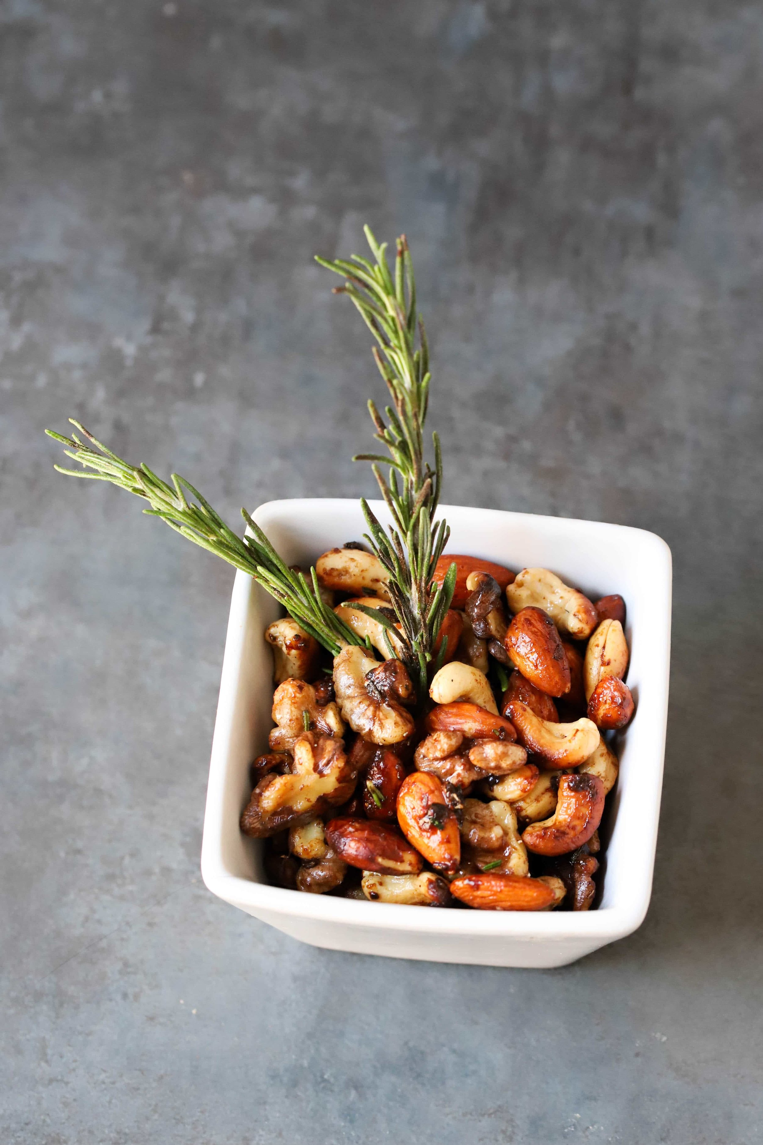 Holiday Spiced Nuts, Easy