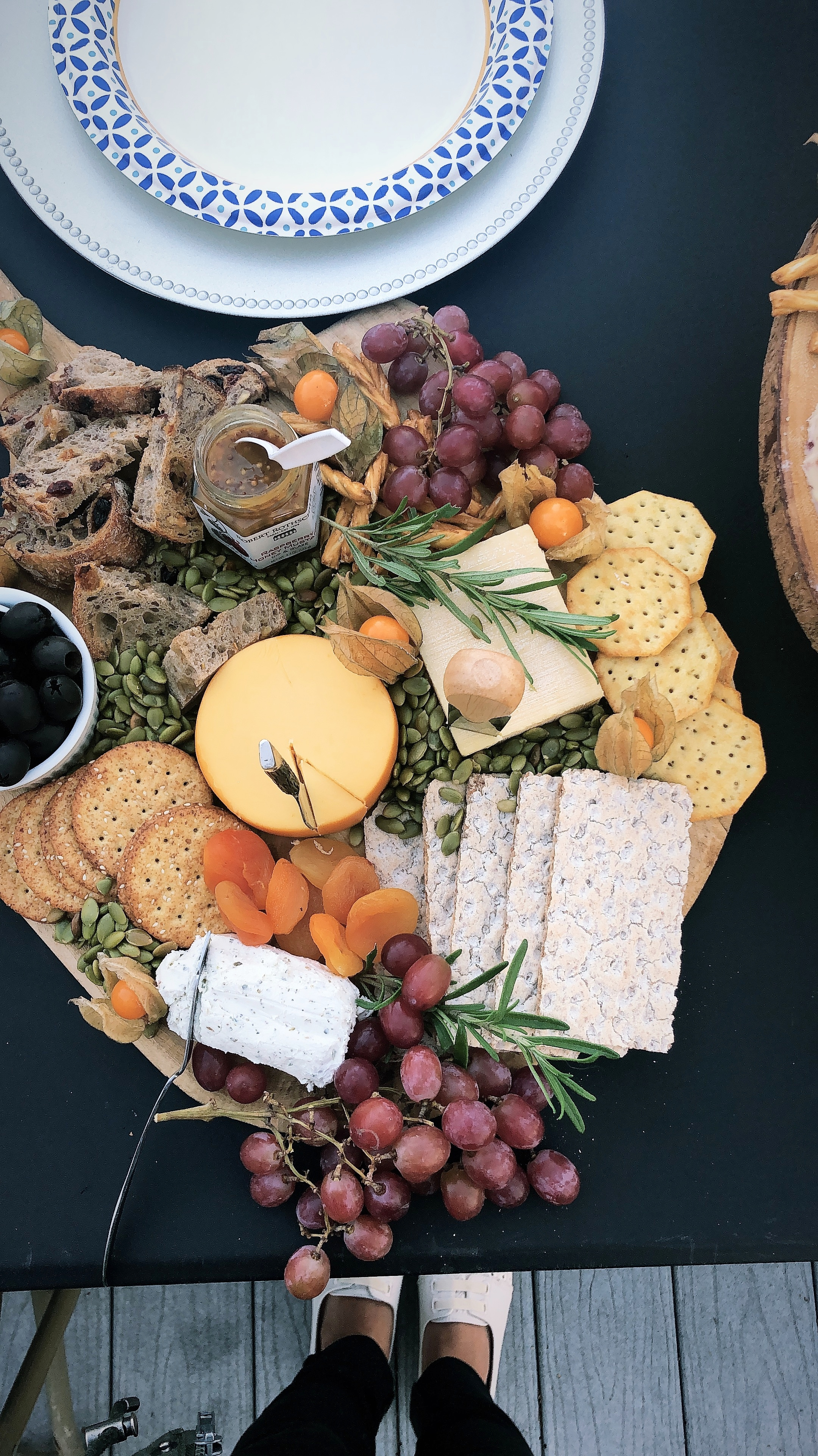 How To Build A Holiday Cheese Board