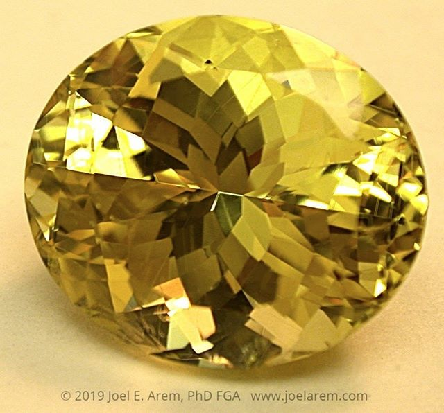 Yellow Sapphire from Sri Lanka, untreated, re-cut from 20.45 to 14.29 carats. This amazingly brilliant and eye-clean gem represents about as high a level of saturation in a pure yellow color as you will find - the photo is actually even a bit less saturated than the actual face-up hue!  #gemstone#etsyseller#www.joelarem.com##www.joelaremcollection.etsy.com#www.gemsofamerica.etsy.com#www.eurekaeureka.etsy.com#gemstone#gem#gemphotography#facetedgems#facetedstones#raregems#collectorgemstone#sapphire#yellowsapphire#SriLankagems#sapphirelove#birthstone#precious#preciousgems#gemology#geology#minerals#fashion#beauty#nature#luxury#photography