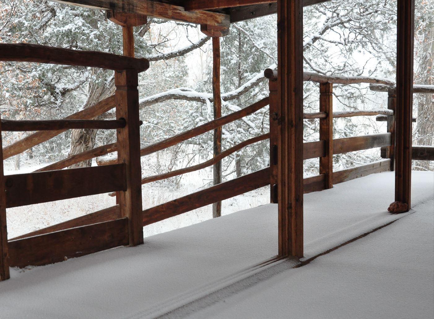 teahouse snow.JPG