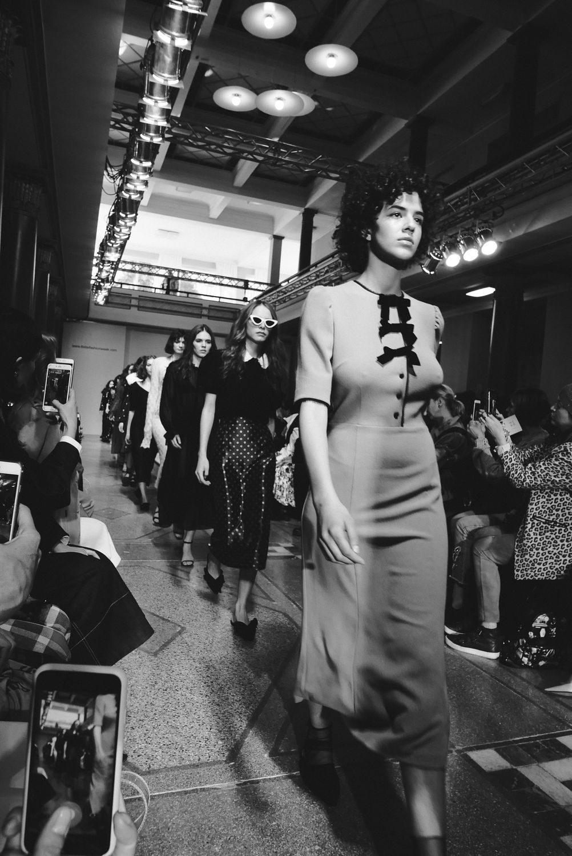 moody-roza-tbilisi-fashion-week-a-w-2018-8-1002x1500.jpg
