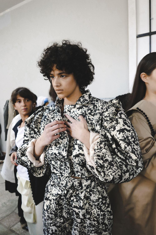 moody-roza-tbilisi-fashion-week-a-w-2018-31-1000x1500.jpg