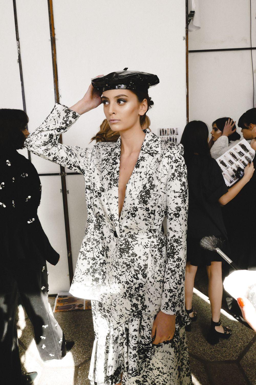 moody-roza-tbilisi-fashion-week-a-w-2018-36-1000x1500.jpg