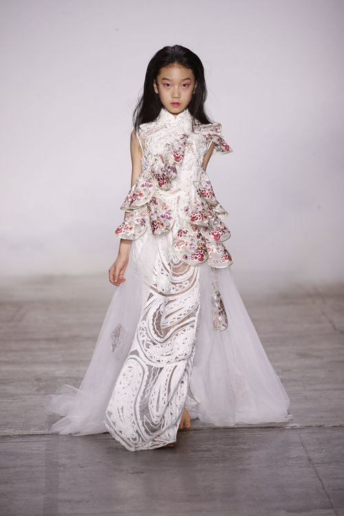 913836a3e4 The colour palette developed from inky blacks through to pastel pink and  sage green, before flourishing into brilliant whites. Zhang offered a fresh  ...
