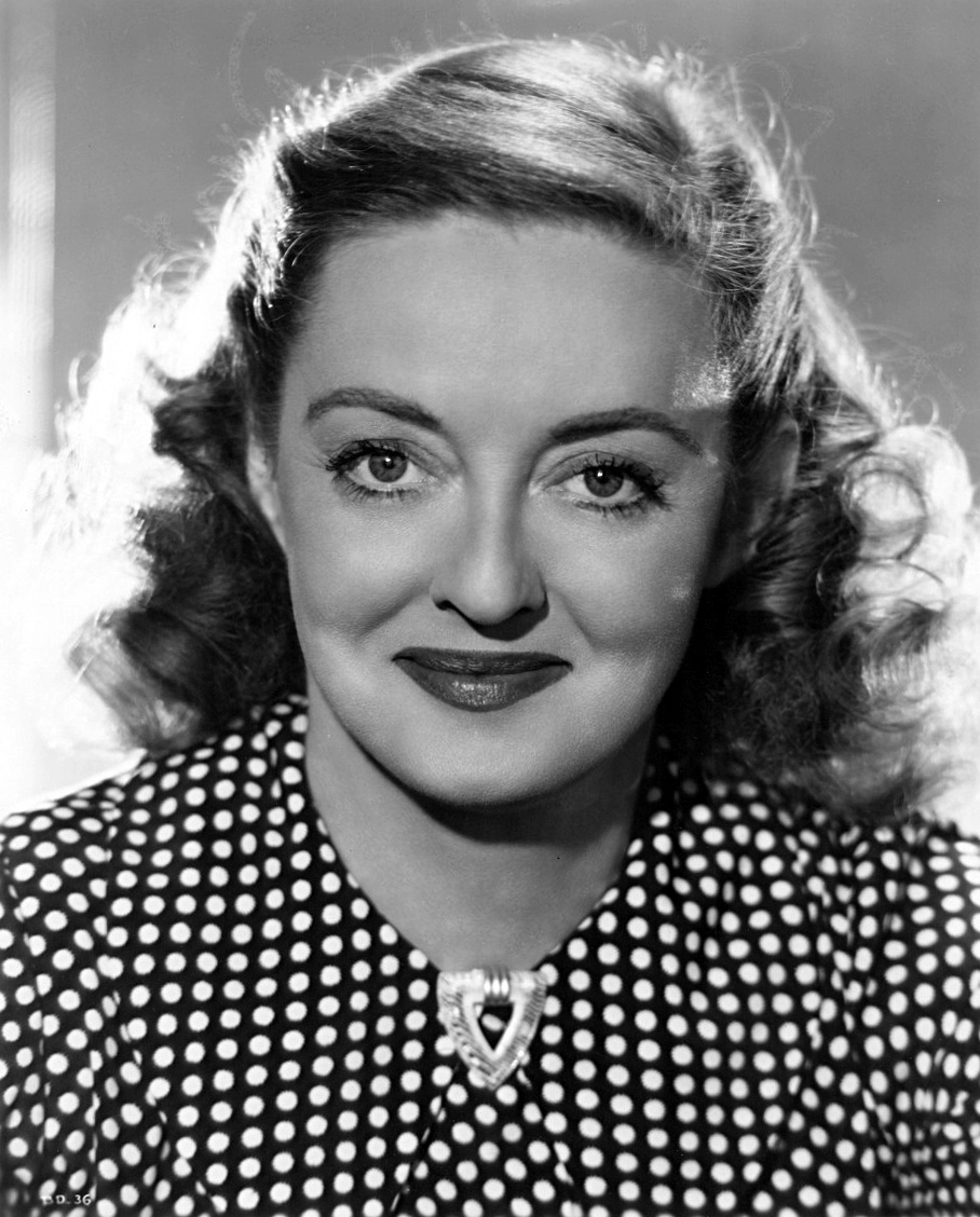 Bette_Davis_-_portrait.jpg