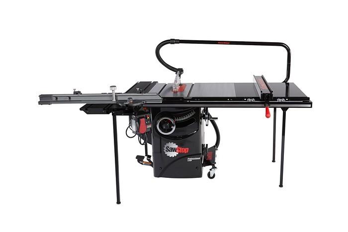 Sawstop-sliding-table-2.jpg