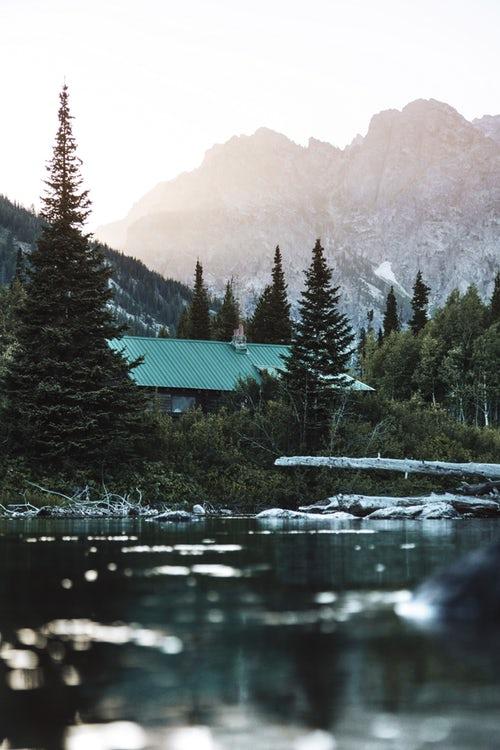 riverside cabin in mtns.jpg