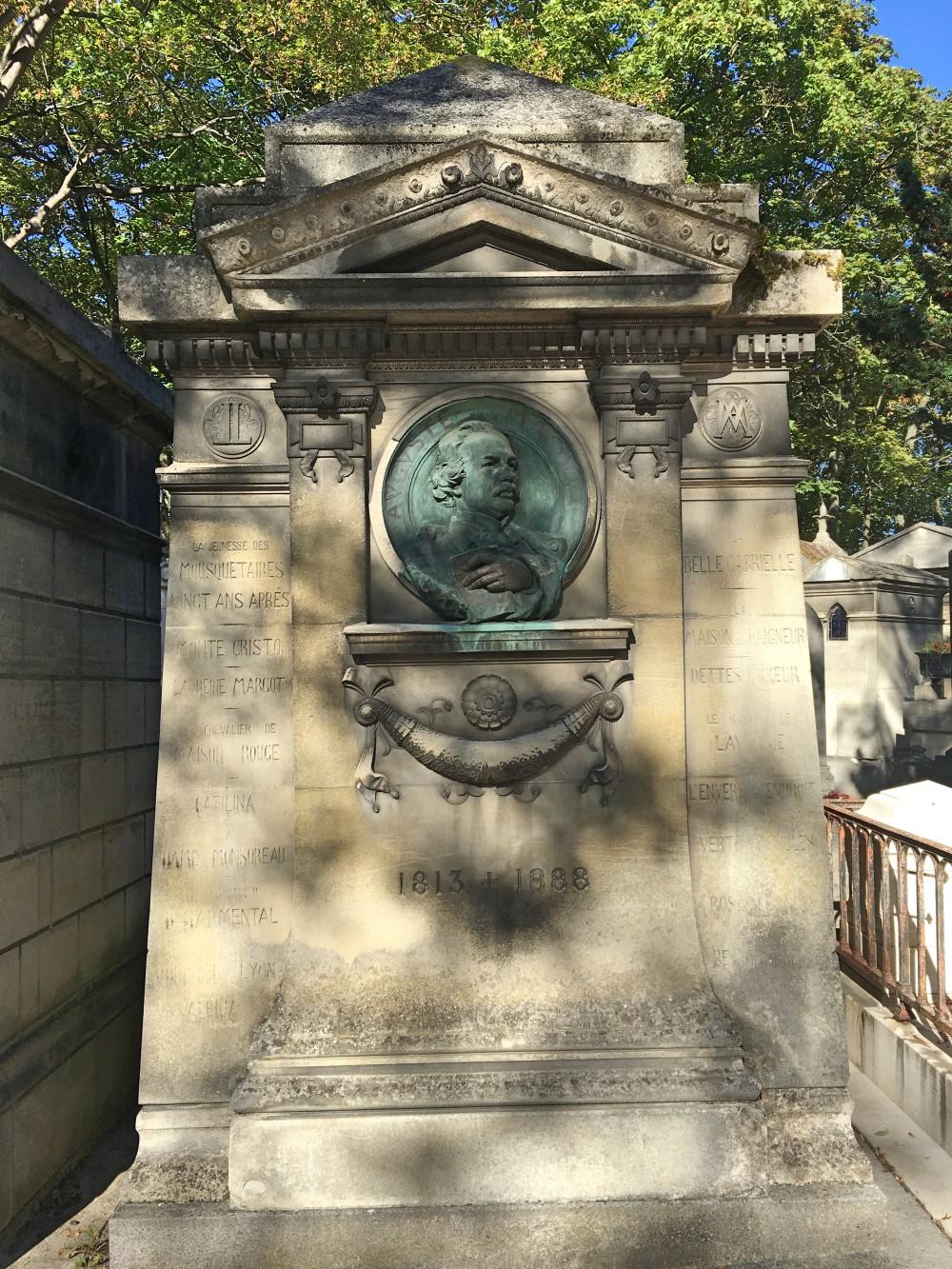 Visit Pere Lachaise Maquet Vidi Guides