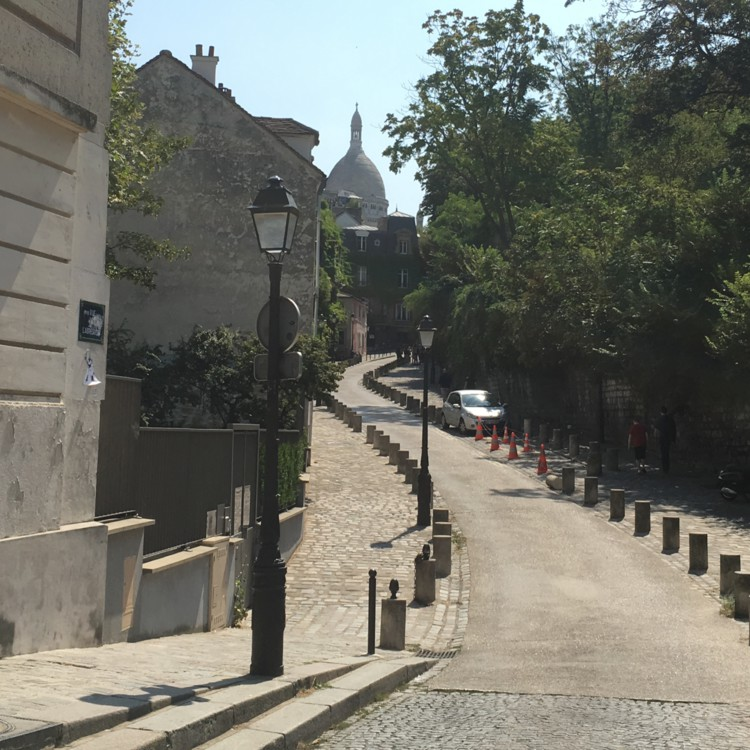 Things to do in montmartre Vidi Guides Dalida