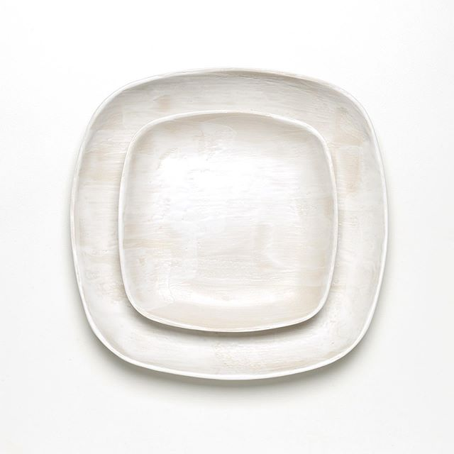 bon dimanche ✨ duo d assiettes en grès émaillées au pinceau . . . . #faitmain #studiosan #plates #handmadeplates #handmade #はんどめいど #ハンドメイド #陶芸 #assiettes #ceramics #clay #keramika #ceramique #lifestyle #stilllife