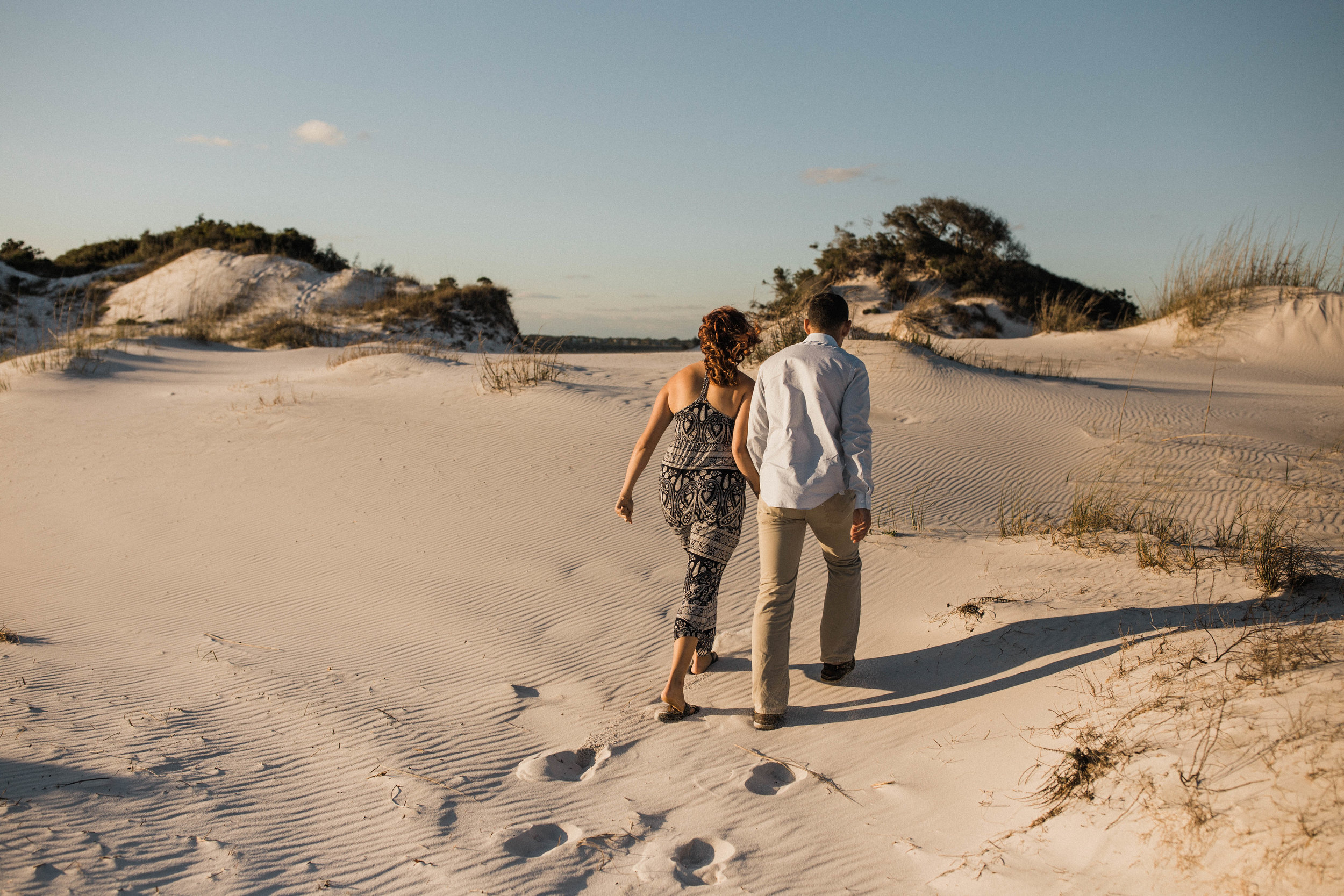 Pensacola-wedding-and-engagment-photographer-florida-sand-dunes-elopement-photographer-desert-sand-dunes-elopement-east-coast-elopement-photographer-sand-dunes-engagement-session