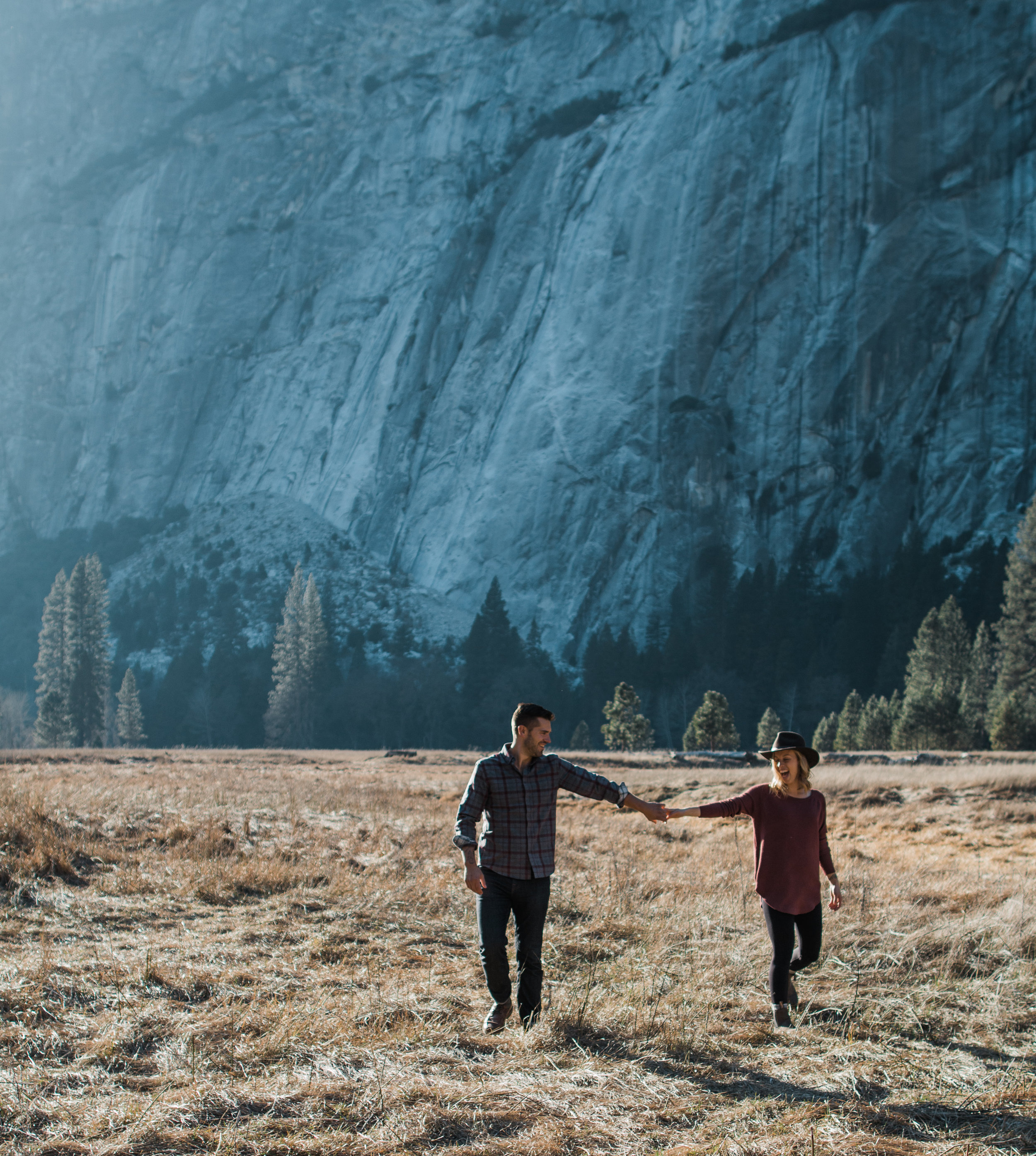 Yosemite national park adventure engagement session