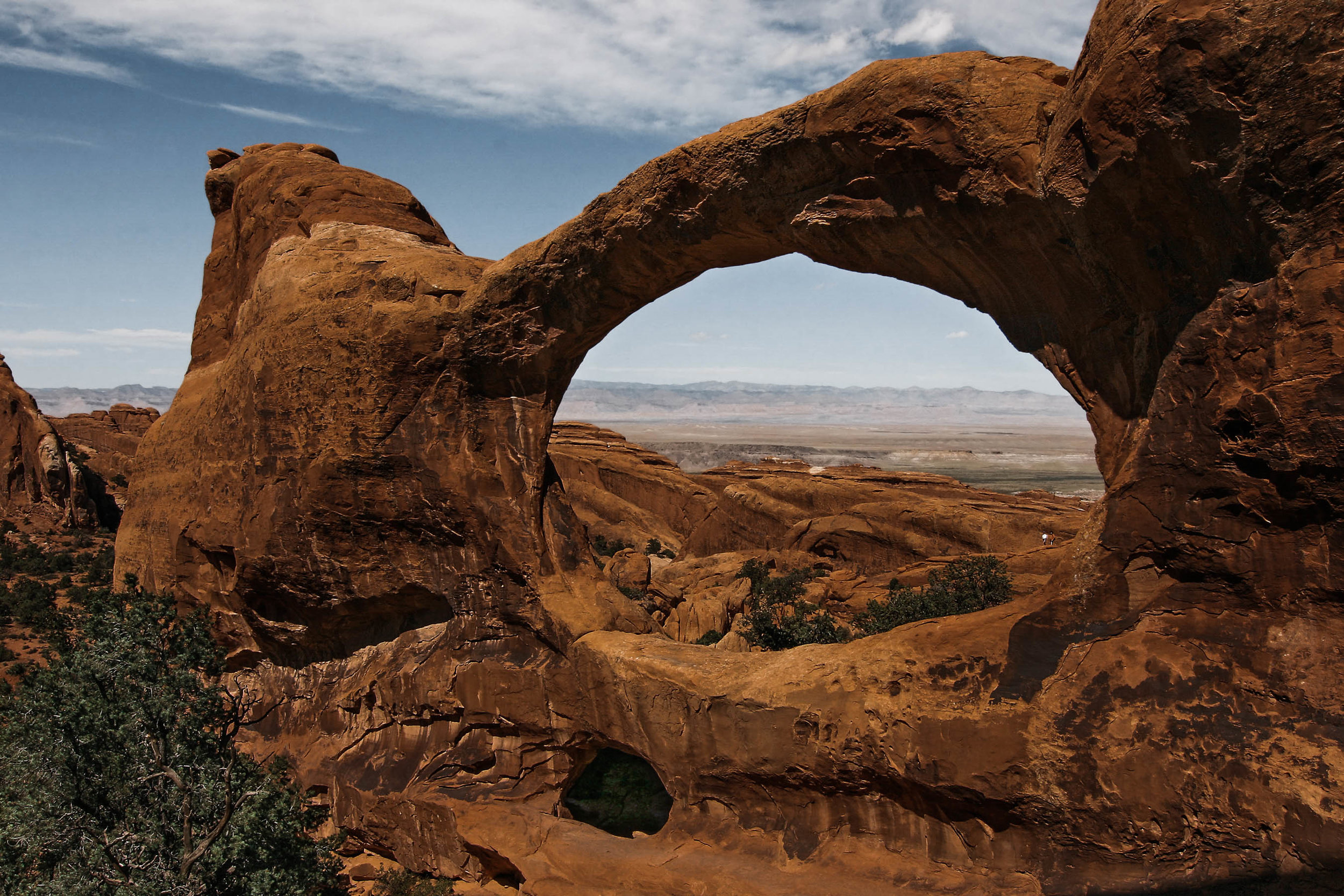 Elopement in Arches national park. Moab, Utah