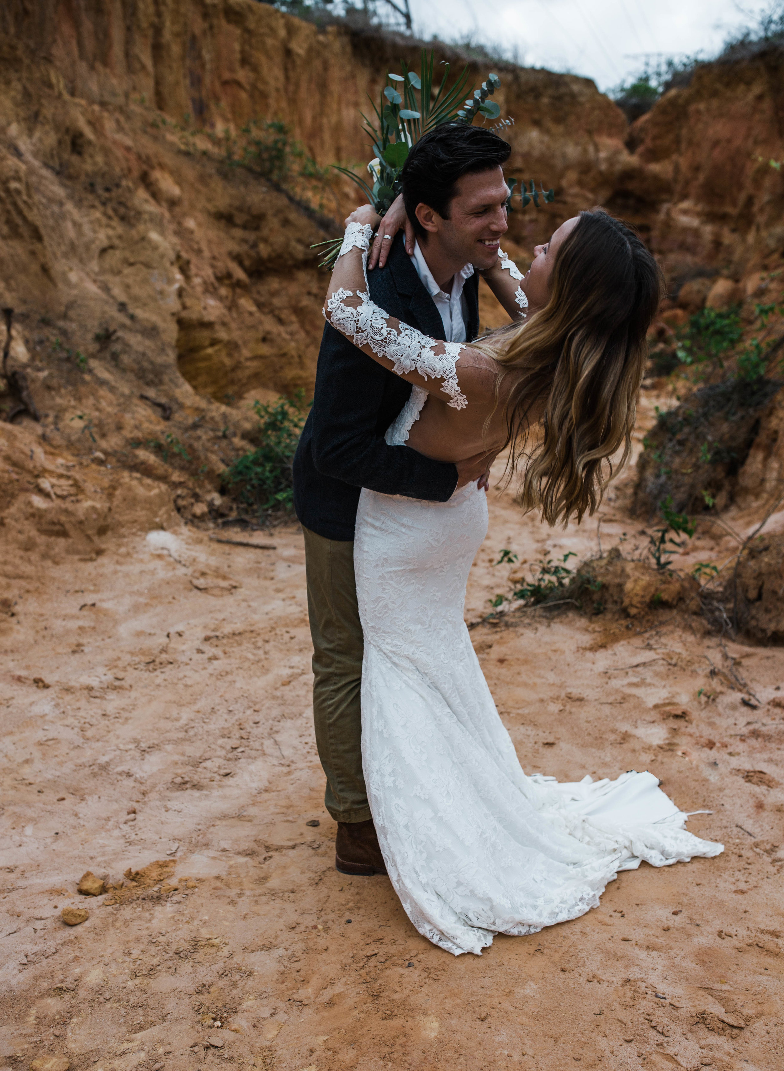 Romantic and beautiful mini slot canyon elopement.
