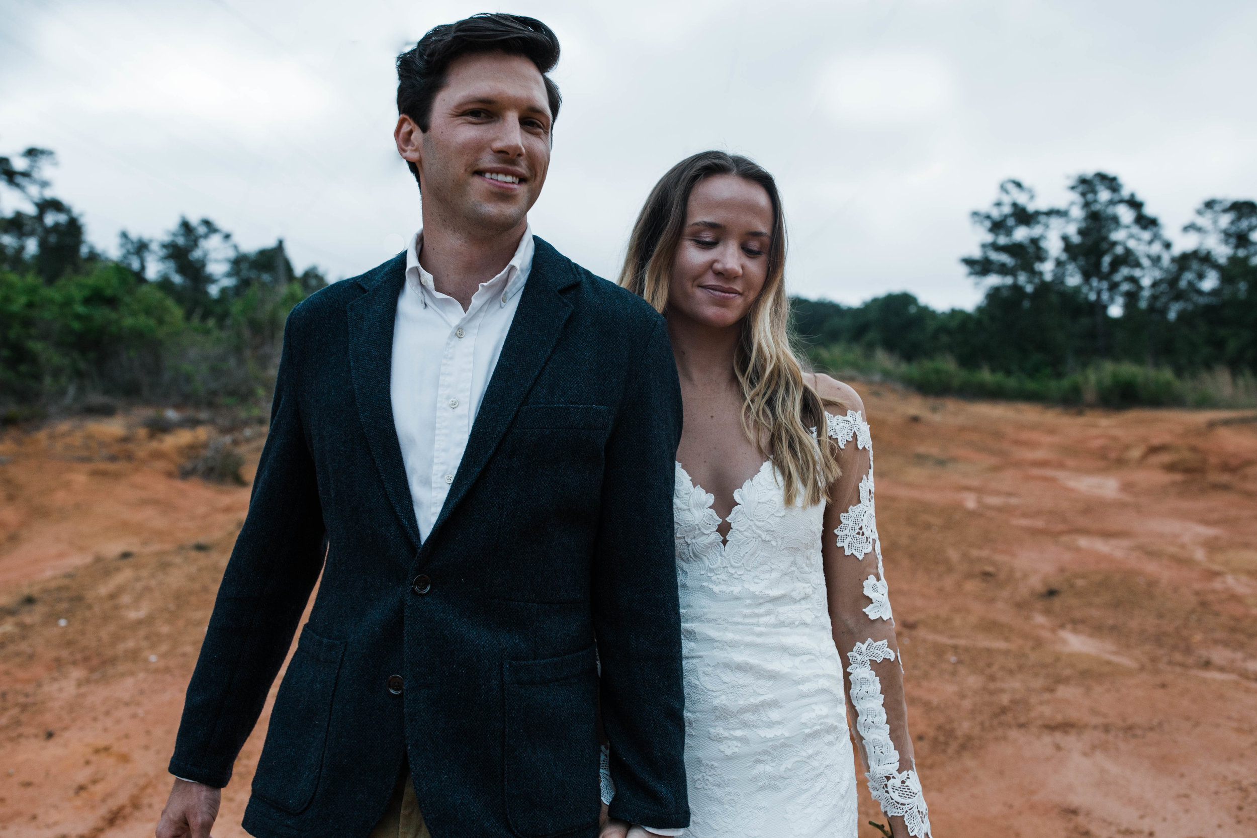You wouldnt believe this elopement is in Florida, it looks like a mini utah