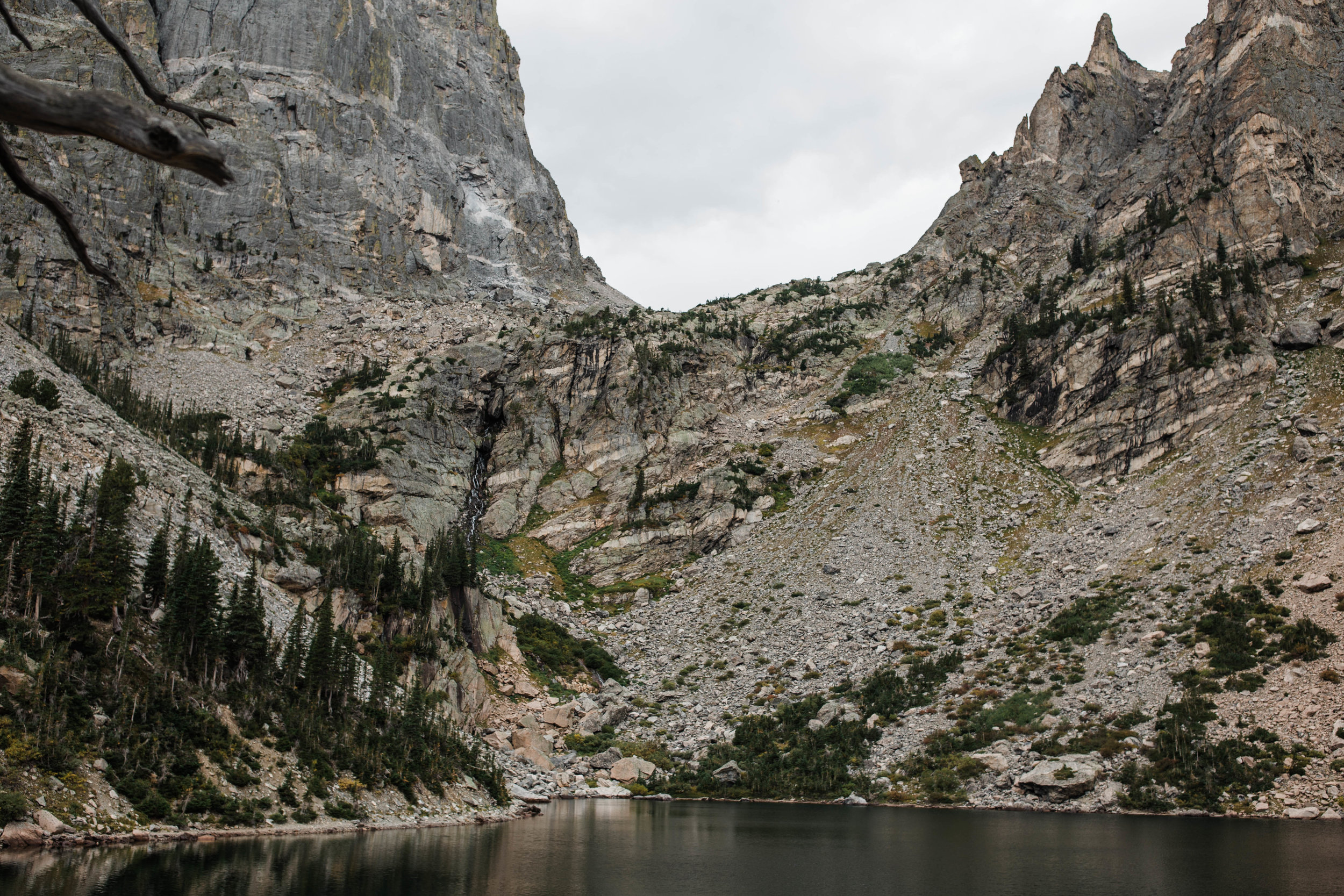 Rocky Mountian National Park, Colorado Hiking Adventure Elopement photgrapher