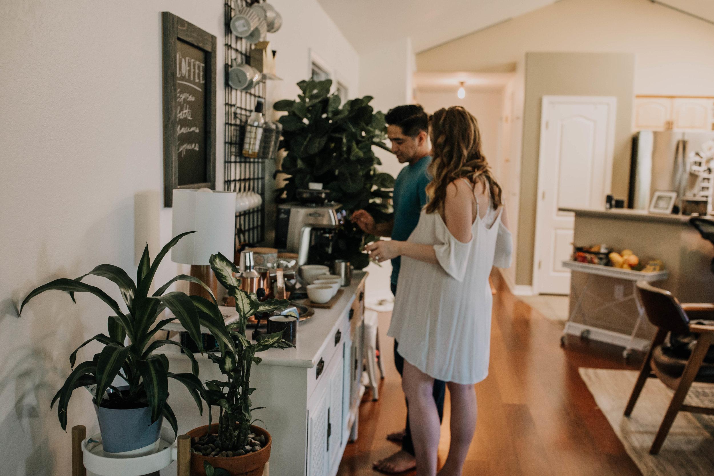Boho home - life style maternity session