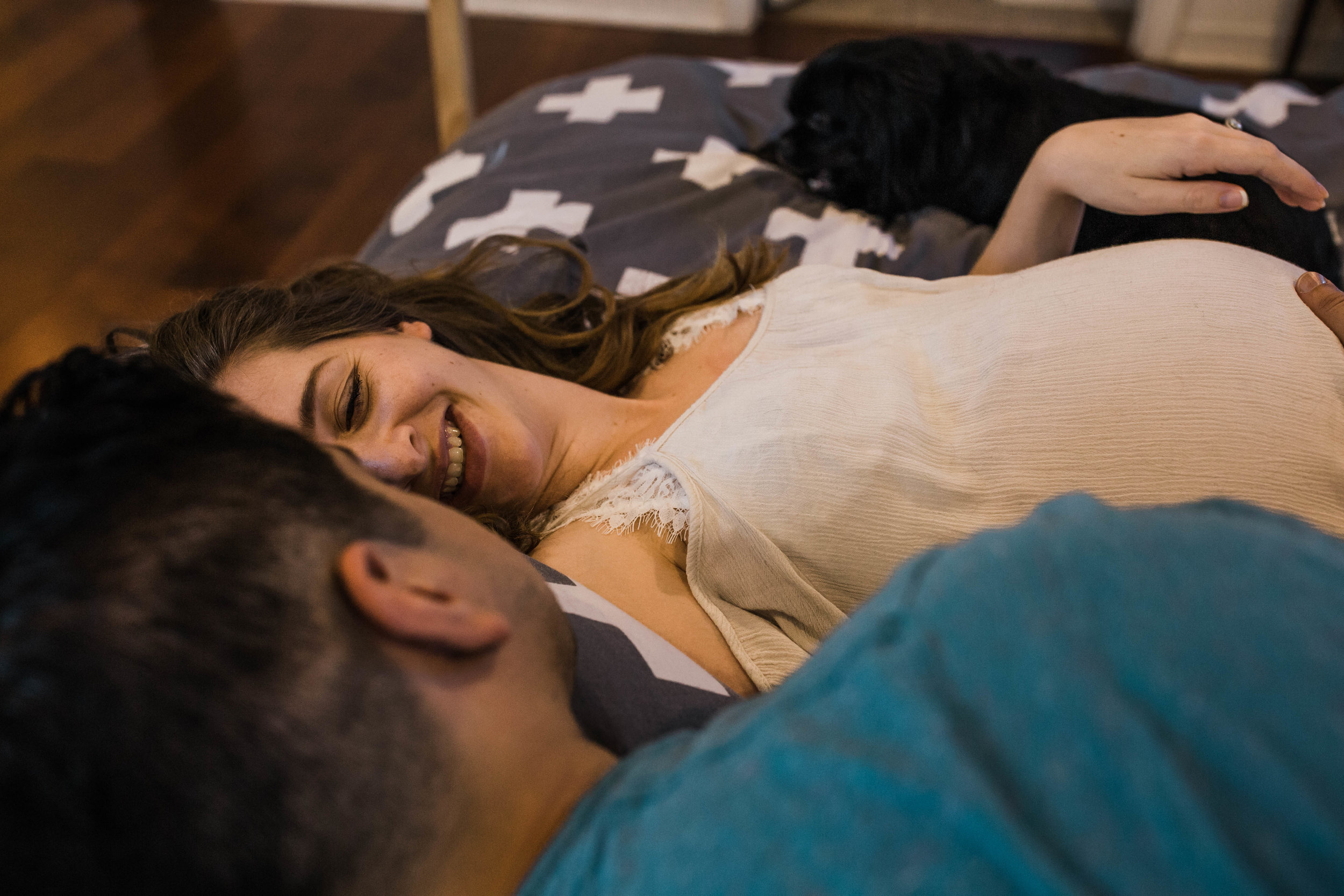 life-style-in-home-maternity-session-adventure-elopement-wedding-photographer-national-park-wedding-photographer-yosemite-elopement-photographer-colorado-adventure-elopement-photographer
