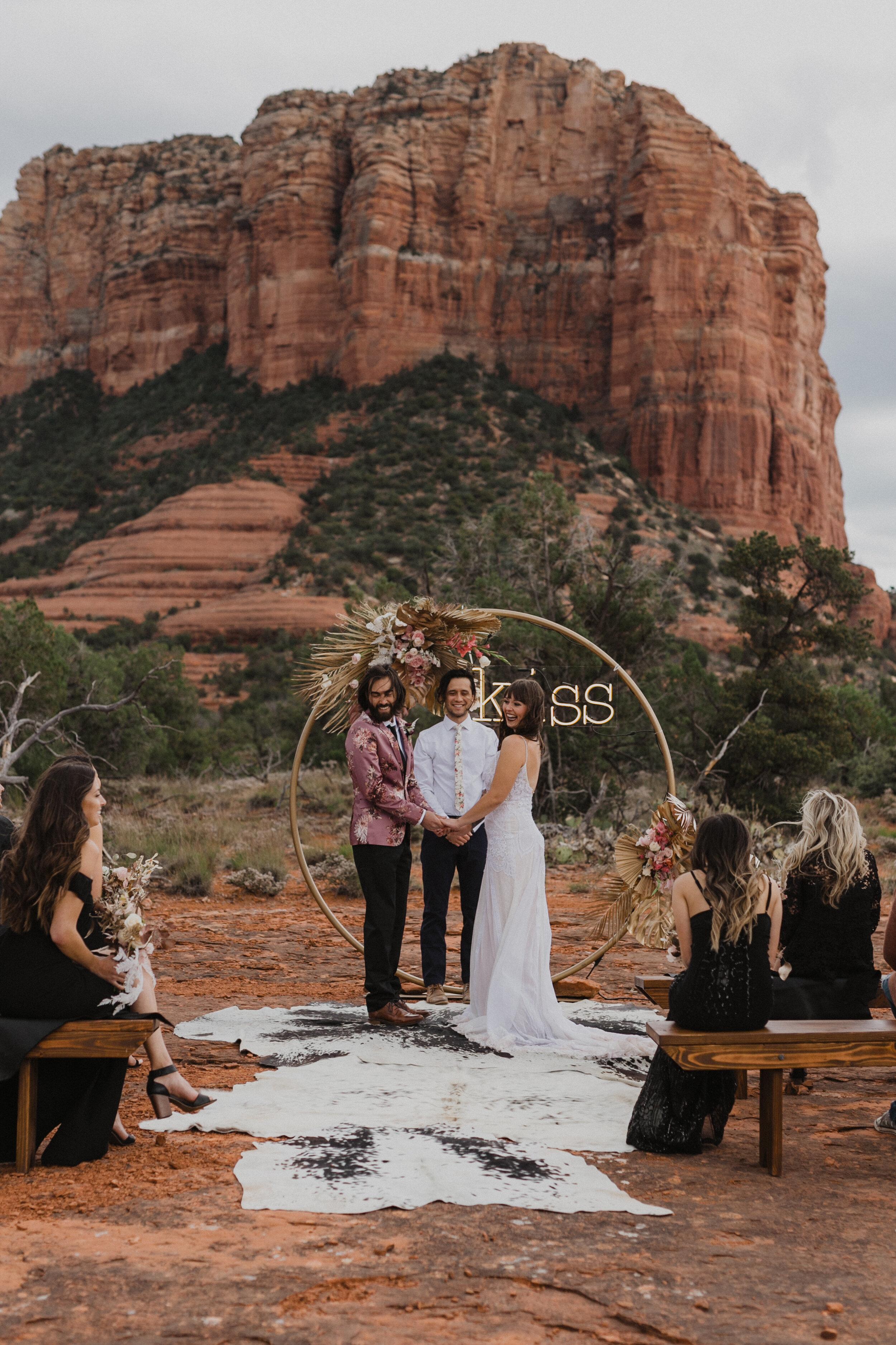 sedona-elopement-photographer-75.jpg