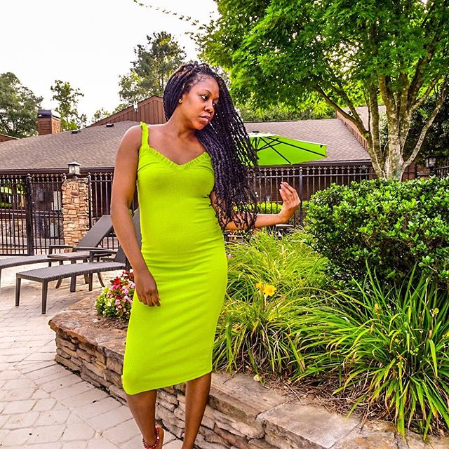 There is no other way I know how to live my life than from a place of truth...this is my truth... Latest Blog Post: Don't Do It For The Likes LINK IN BIO  #intellectinheels #stylewithamessage #mytruth #atlantafashionblogger #fashionblogger  #lifestyleblogger  Dress: @zara 📸: Cree