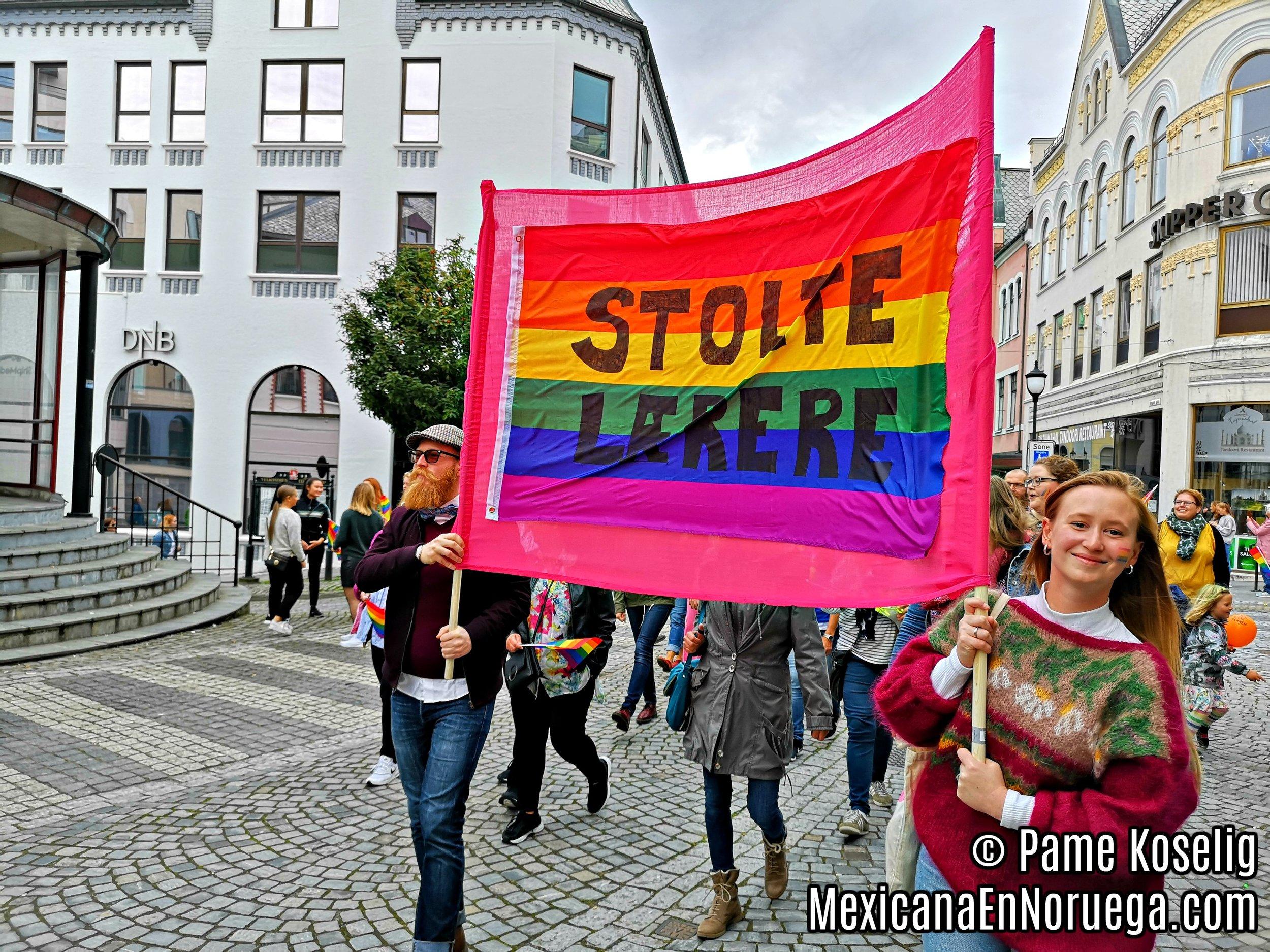 6 _ Stolte Lærere _ Maestros Orgullosos _ Pame Koselig _ Mexicana en Noruega.jpg